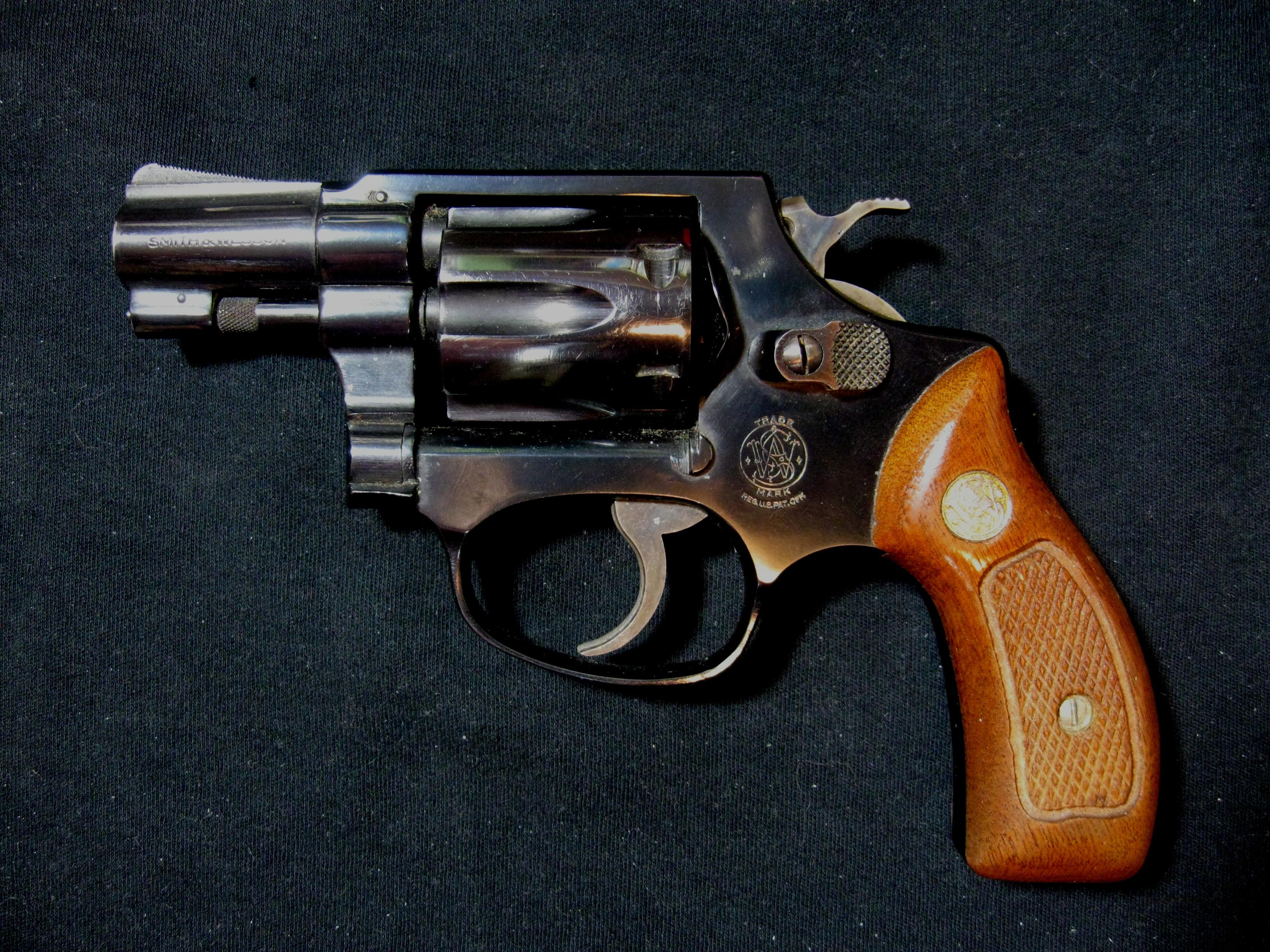 1974, Model 30-1, .32 Hand Ejector  Guns > Pistols > Smith & Wesson Revolvers > Full Frame Revolver