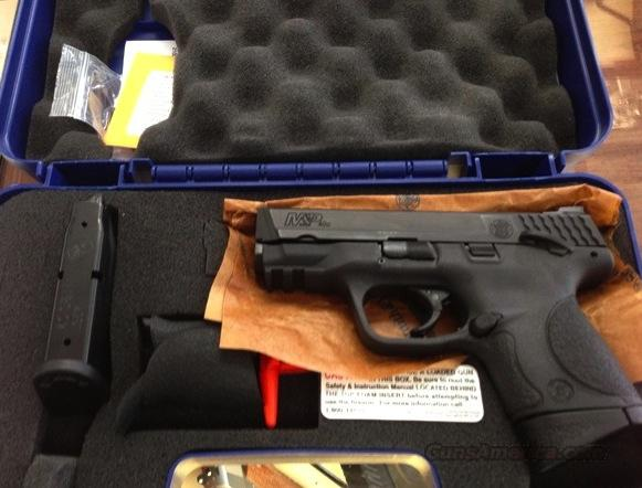 BNIB Smith and Wesson M&P 40 COMPACT --WITH THUMB SAFETY!!  Guns > Pistols > Smith & Wesson Pistols - Autos > Polymer Frame
