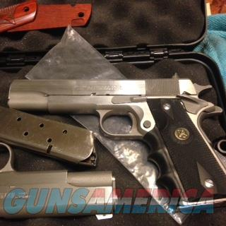 Randall 1911 9mm  , I have the Pair of 1911 other is .45 cal  Guns > Pistols > Randall Pistols