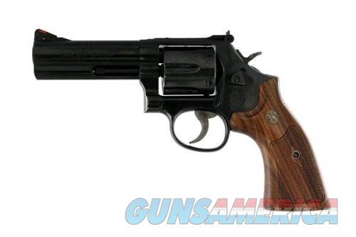 "S&W M586 Classic 357Mag 4"" Blued 6rd Wood Grip  Guns > Pistols > Smith & Wesson Revolvers > Full Frame Revolver"