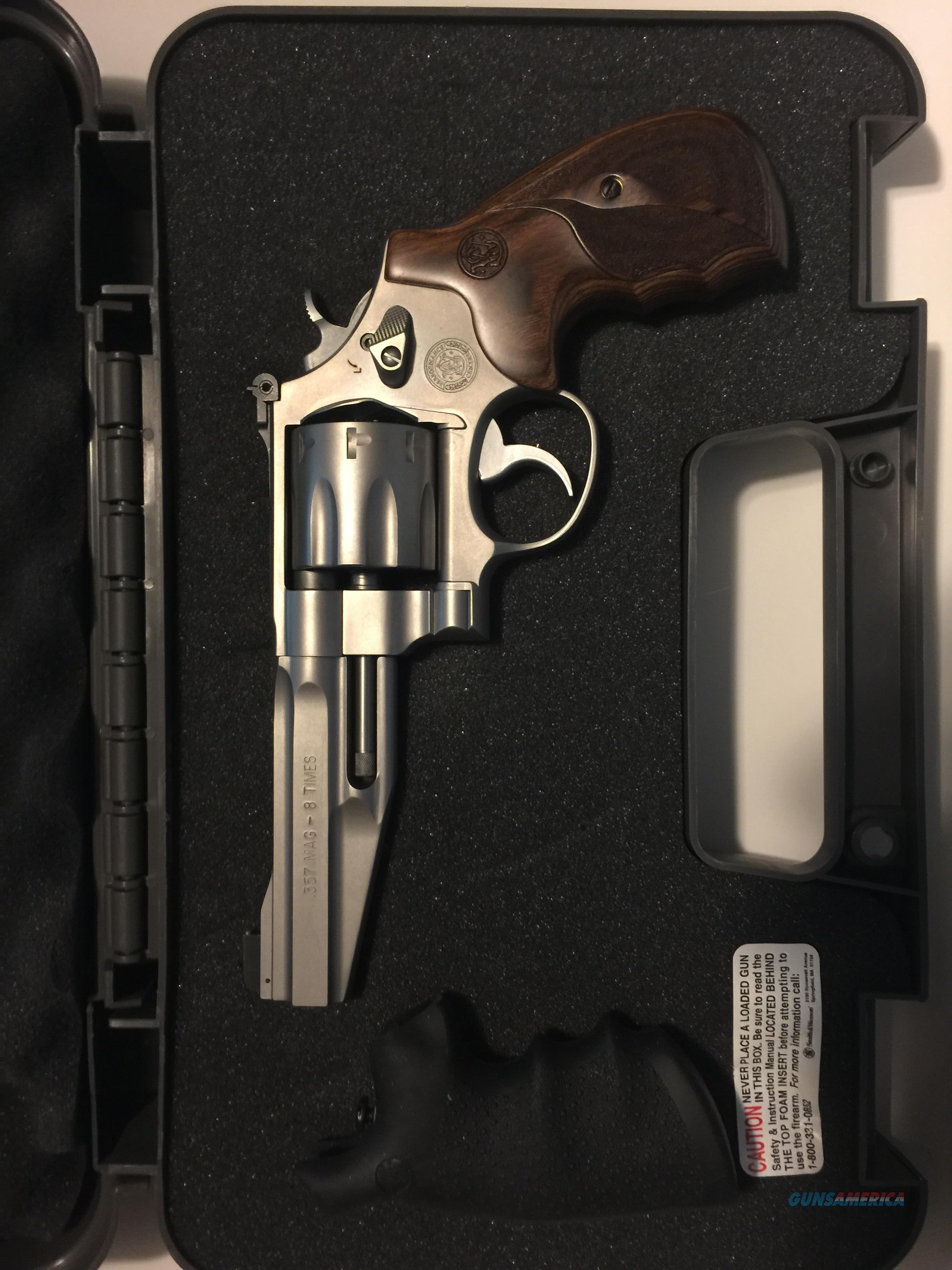 NEW Performance Center Smith & Wesson M627-5 .357 Magnum 8 rounds  Guns > Pistols > Smith & Wesson Revolvers > Performance Center