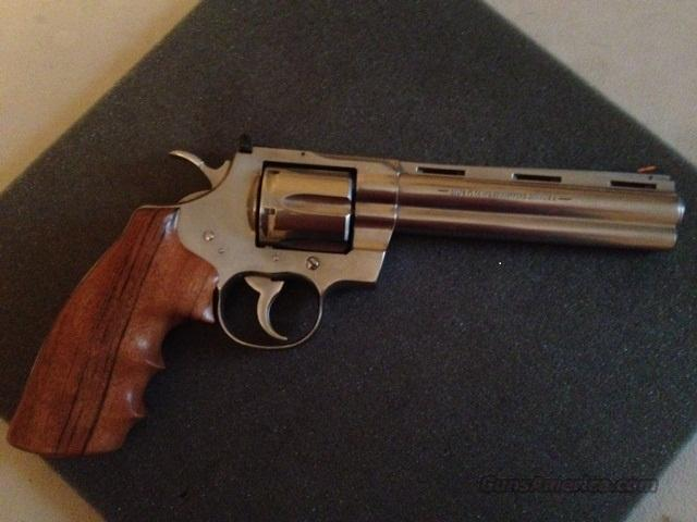 COLT PYTHON, 6 INCH, STAINLESS STEEL  Guns > Pistols > Colt Double Action Revolvers- Modern