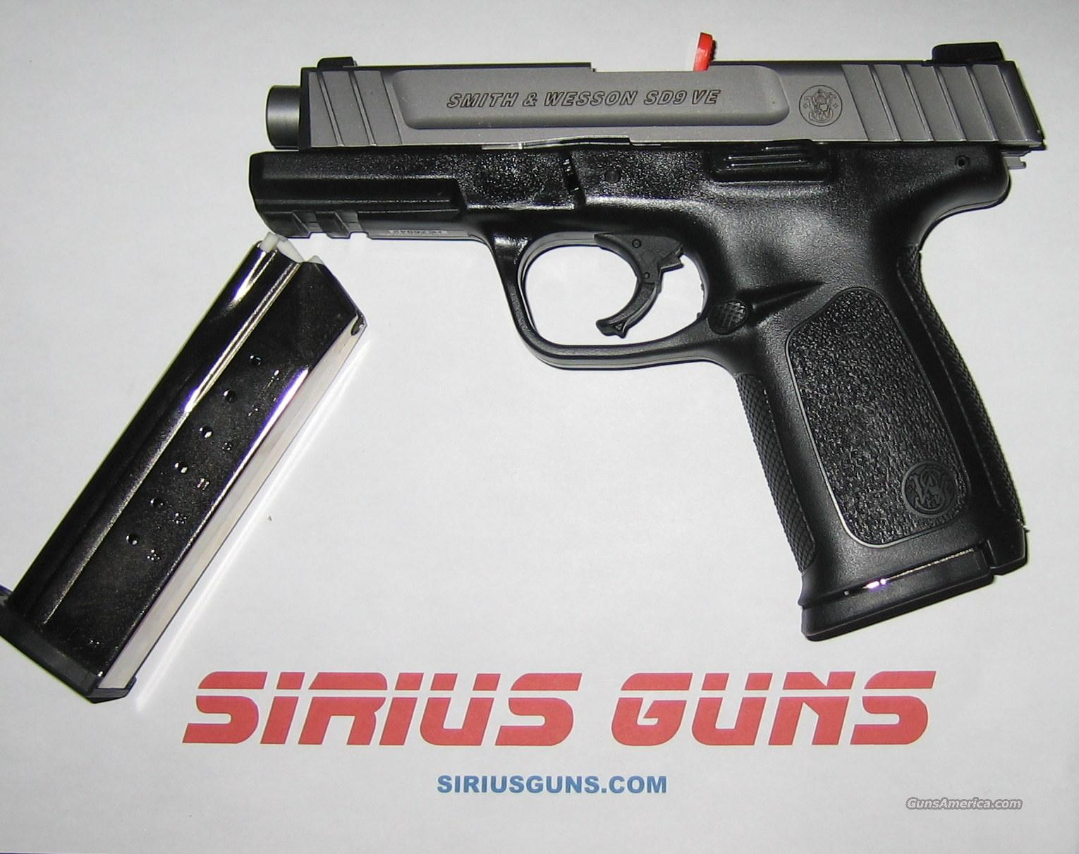 "Smith & Wesson SD9VE 9mm 4""Barrel TWO 16 Round Mags Black/SS  Guns > Pistols > Smith & Wesson Pistols - Autos > Polymer Frame"