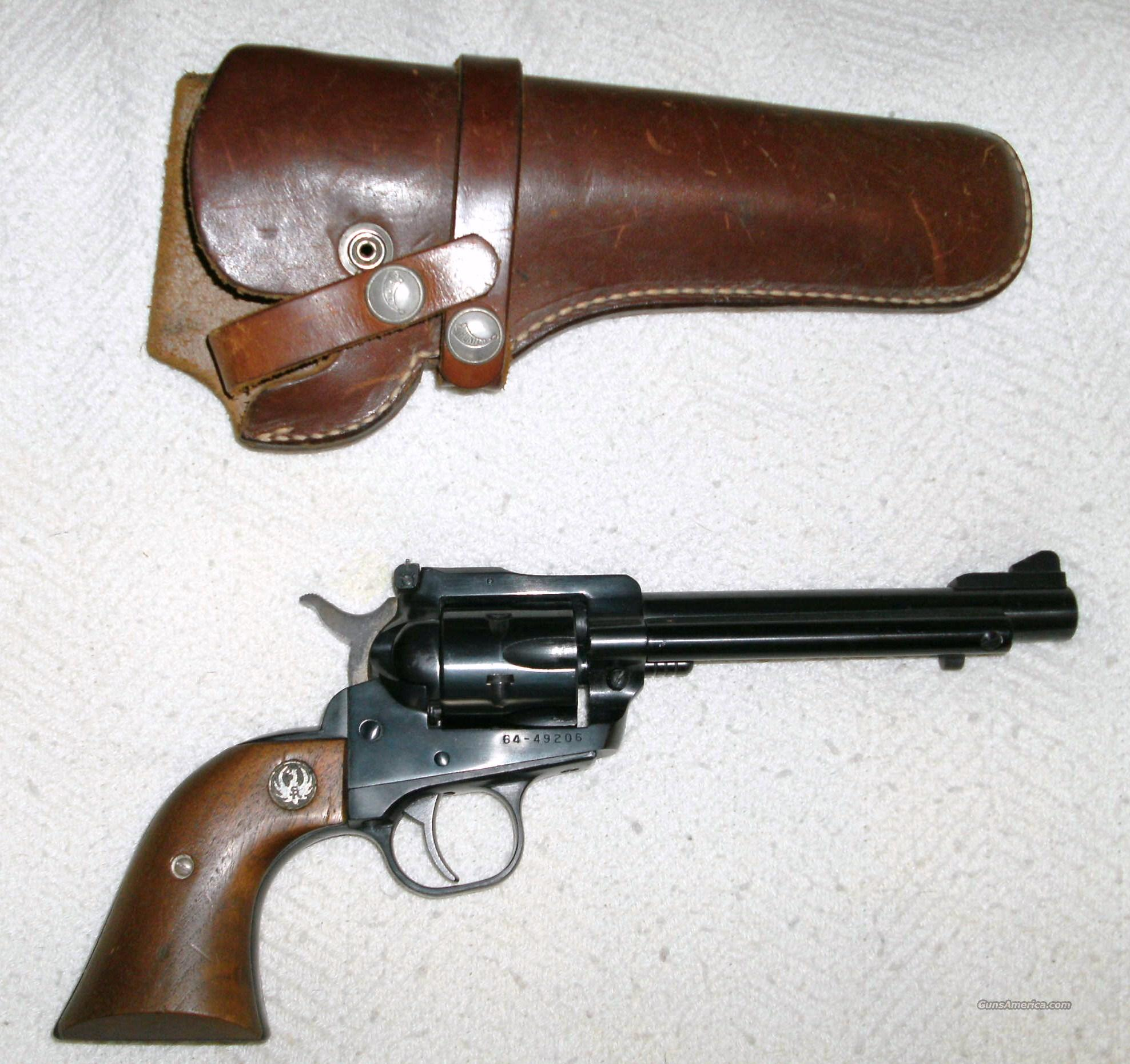 RUGER .22cal NEW MODEL SINGLE SIX WITH LEATHER HOLSTER   Guns > Pistols > Ruger Single Action Revolvers > Single Six Type