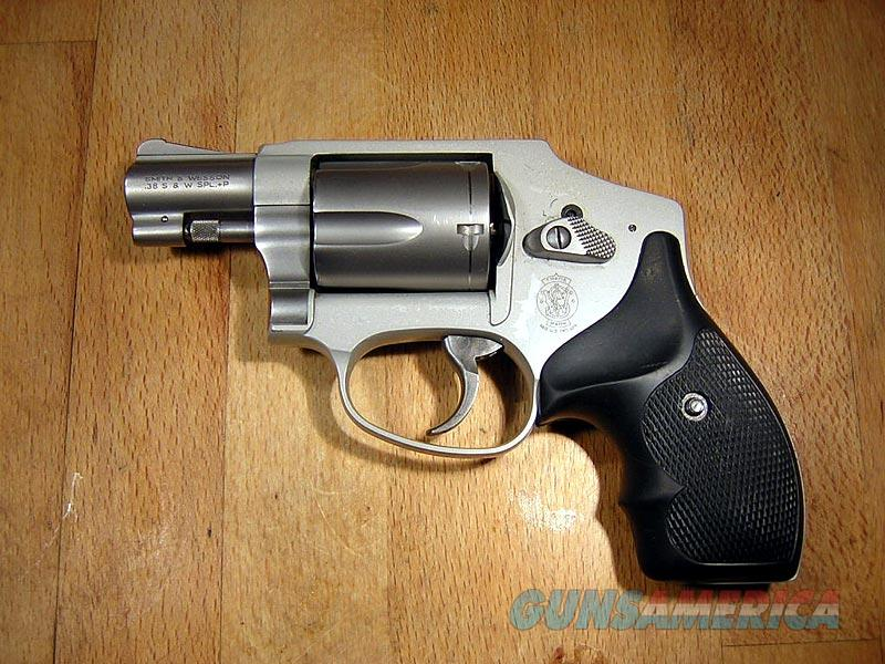 Smith & Wesson 642 Airweight 5-Shot  J-Frame Revolver  Guns > Pistols > Smith & Wesson Revolvers > Pocket Pistols