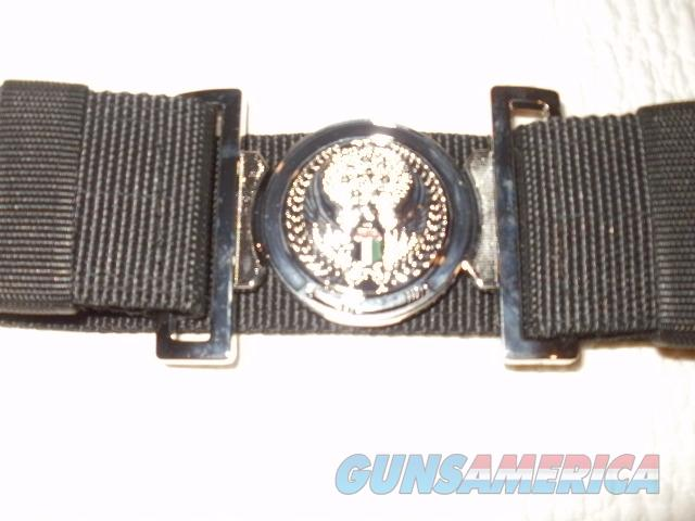 UNITED ARAB EMIRATES DRESS BELT AND BUCKLE, NEW.  Non-Guns > Military > Clothing/Camo