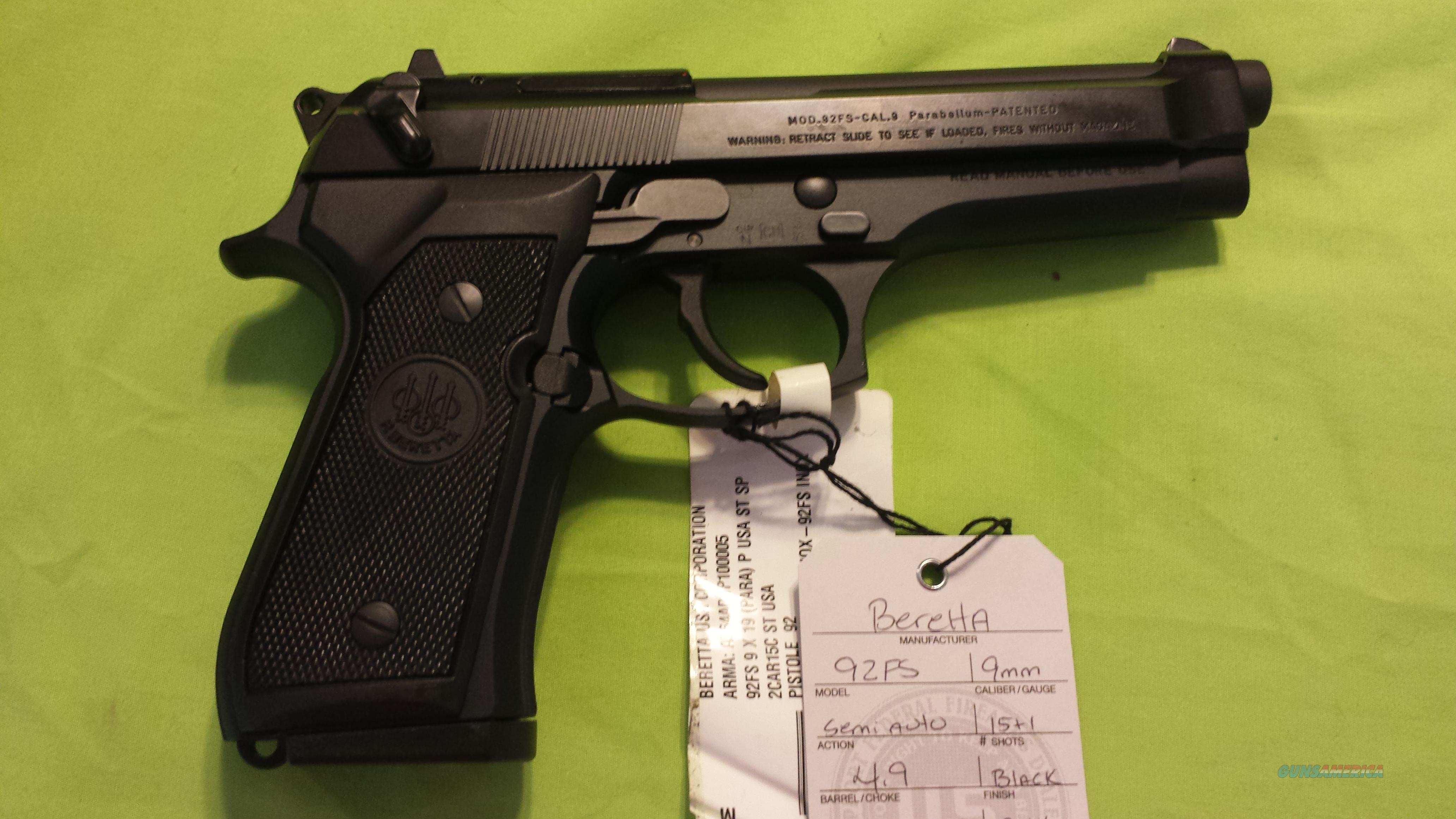 "BERETTA 92FS 92 FS 9MM 4.9"" BLACK 2-15RD ITALY  Guns > Pistols > Beretta Pistols > Model 92 Series"