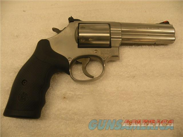 "SMITH & WESSON 686 PLUS,  .357MAG,  4"",  FREE LAYAWAY    Guns > Pistols > Smith & Wesson Revolvers > Full Frame Revolver"