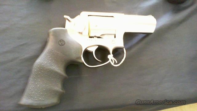 "NEW RUGER GP100 3"" STAINLESS REV  Guns > Pistols > Ruger Double Action Revolver > SP101 Type"