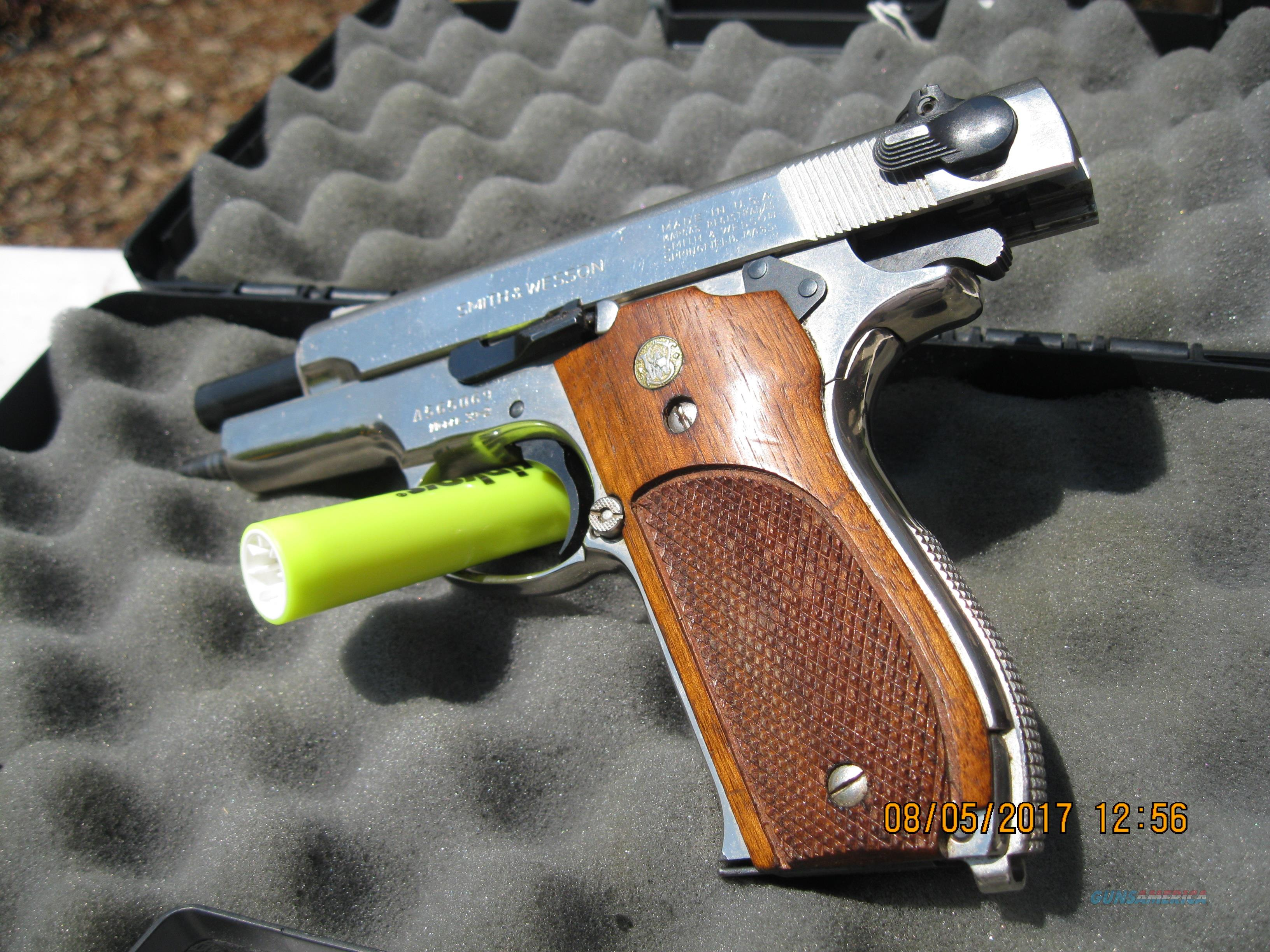 S&W Model 39 (-2) like new--in polished stainless steel!  Guns > Pistols > Smith & Wesson Pistols - Autos > Steel Frame