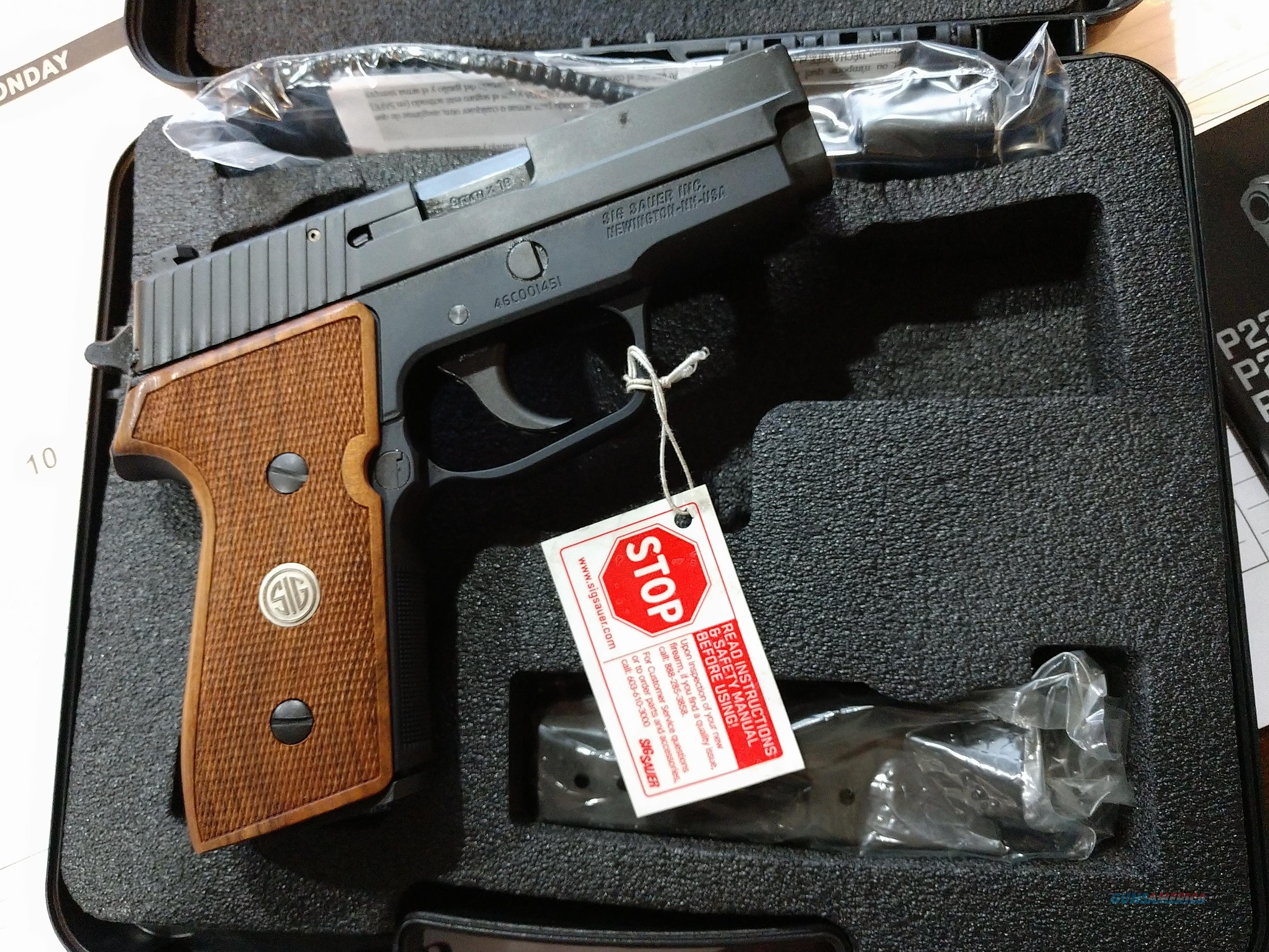 Sig Sauer P225A-9-BSS-CLW (Wood Grips & Decocker)  Guns > Pistols > Sig - Sauer/Sigarms Pistols > Other