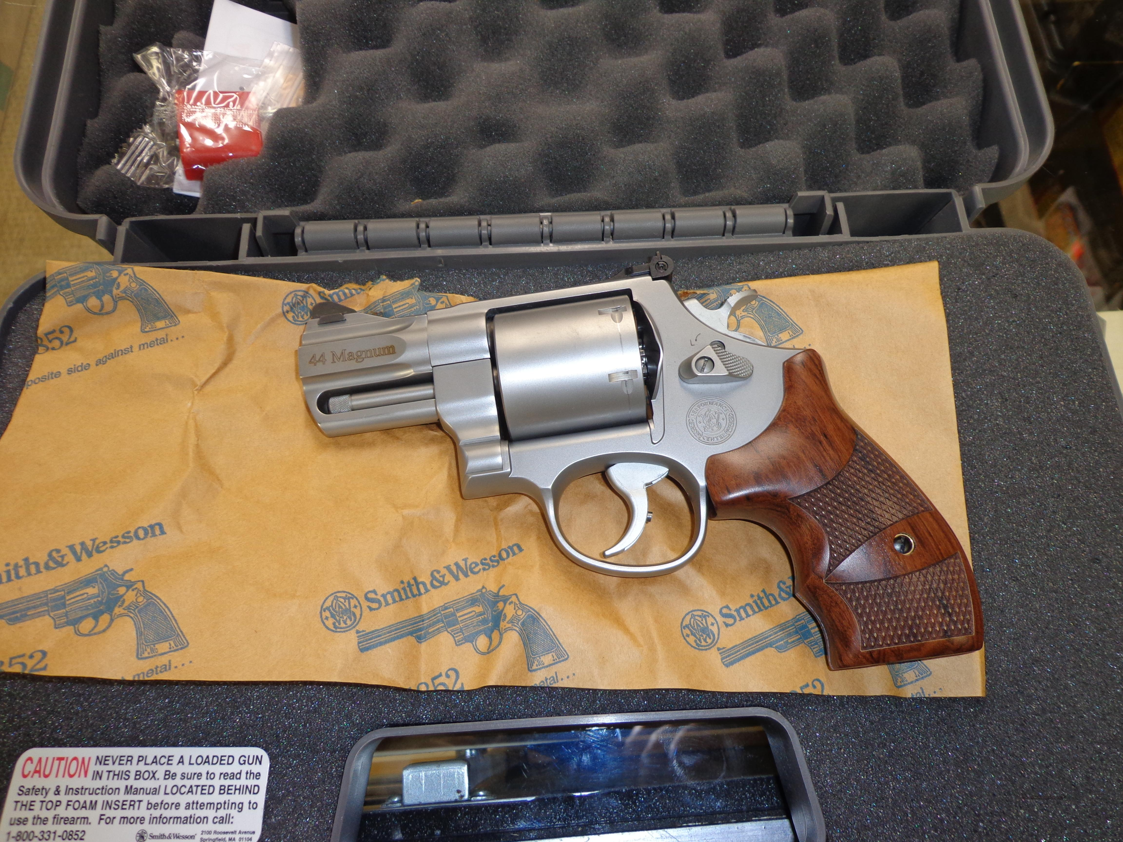 SMITH&WESSON 629 2.625 BARREL 44MAG  Guns > Pistols > Smith & Wesson Revolvers > Performance Center