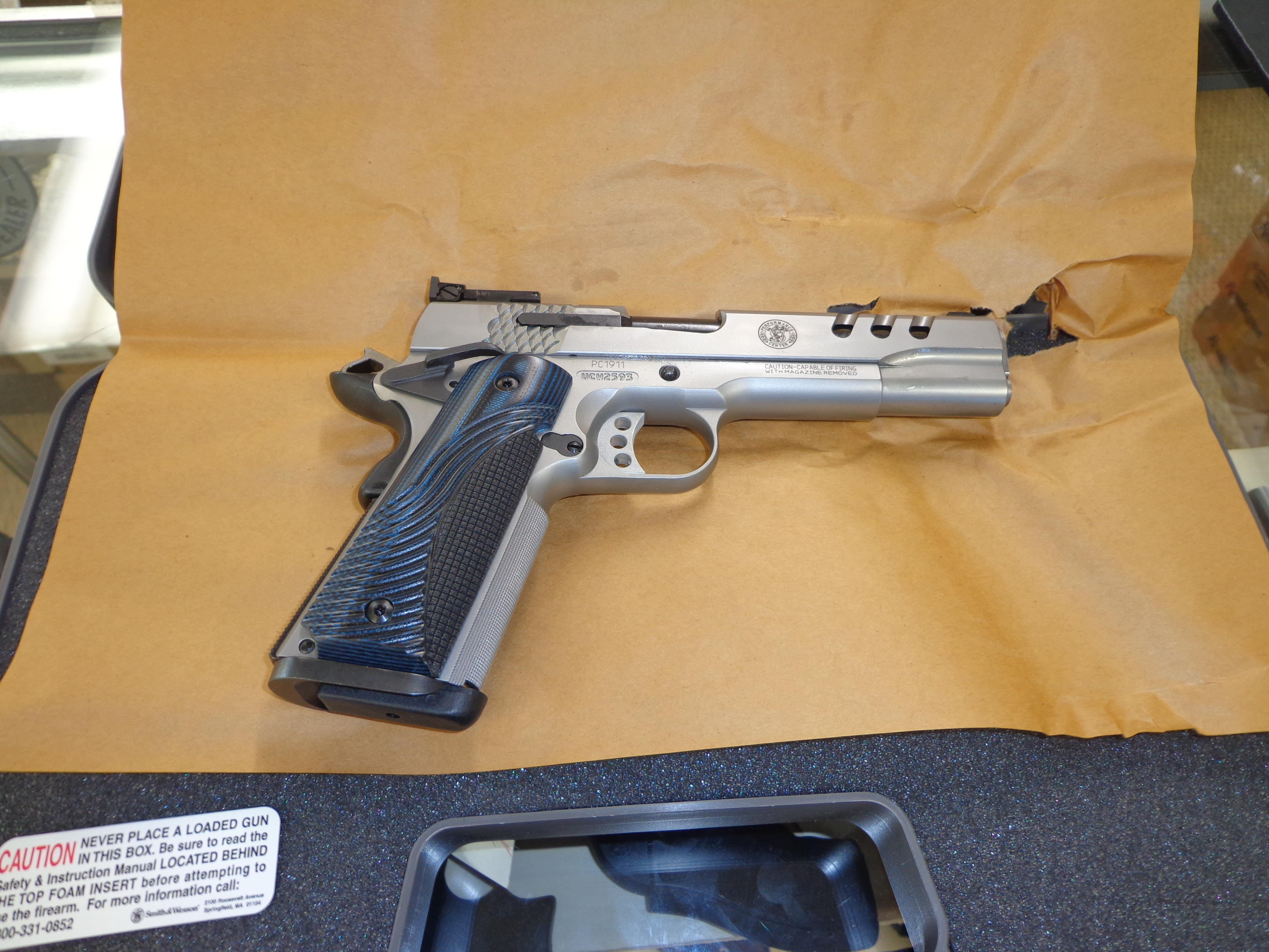 SMITH&WESSON 1911 PERFORMANCE CENTER  Guns > Pistols > Smith & Wesson Pistols - Autos > Steel Frame