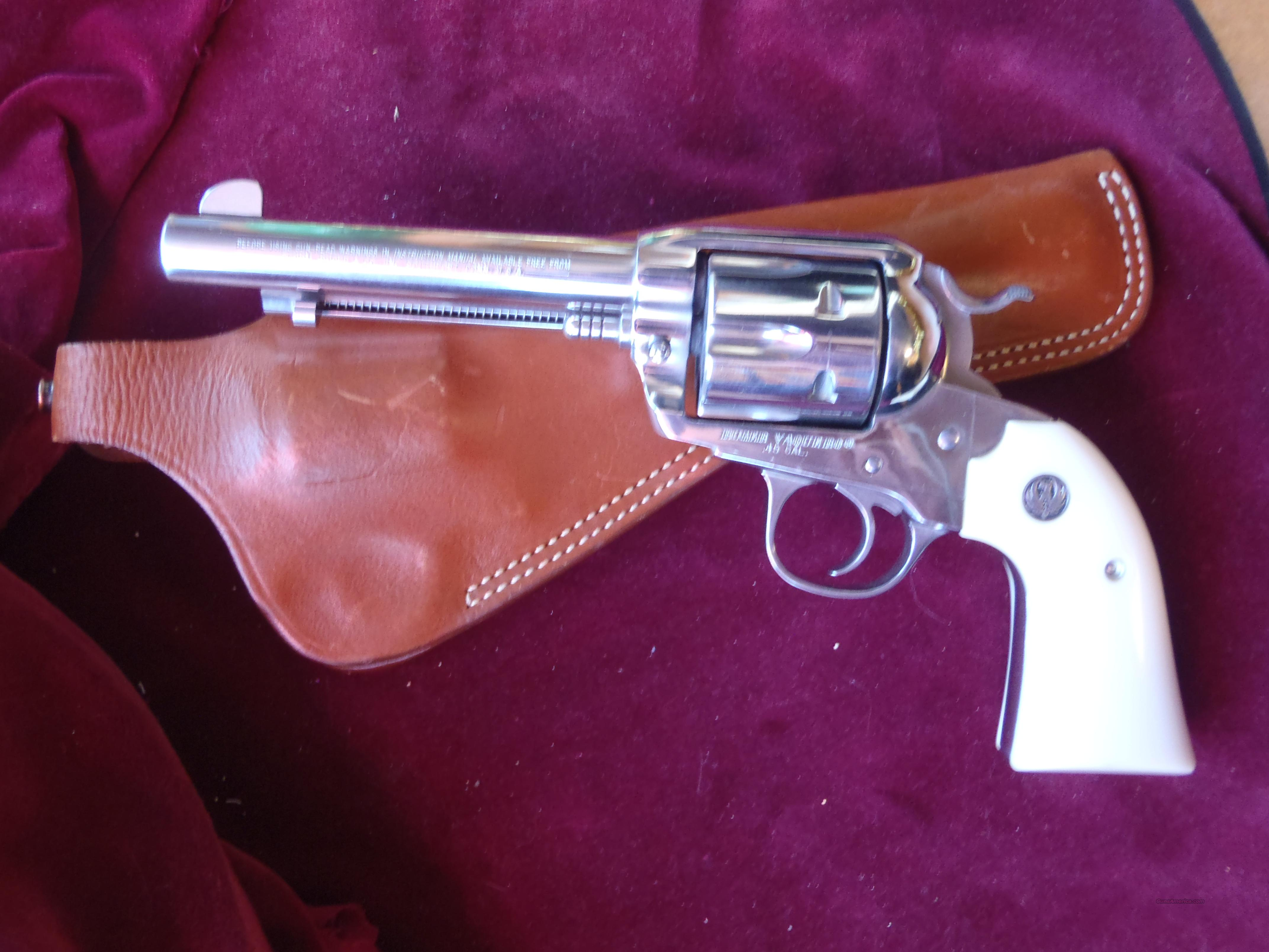 ruger vaquero 45lc 5.5 bright ss  Guns > Pistols > Ruger Single Action Revolvers > Cowboy Action