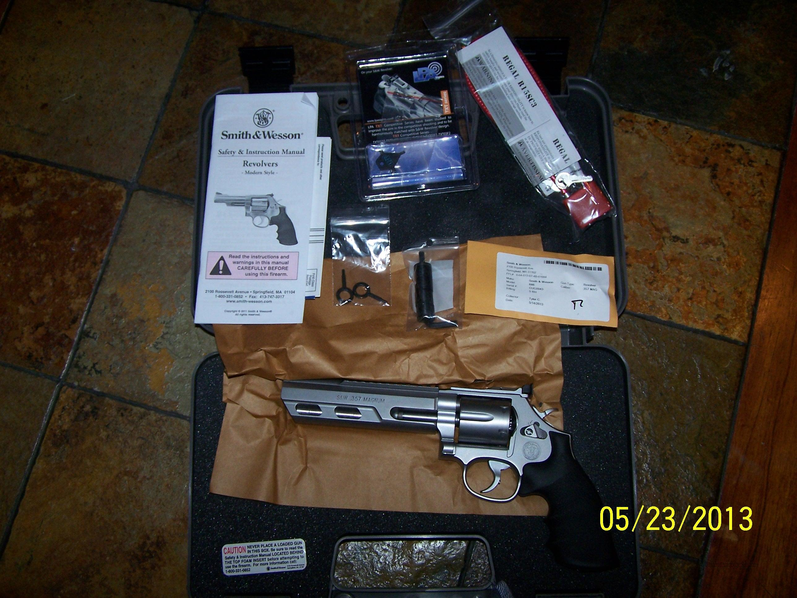 SMITH & WESSON PERFORMANCE CENTER 686 COMPETITOR  Guns > Pistols > Smith & Wesson Revolvers > Performance Center