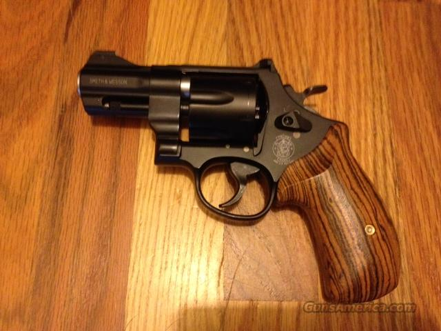 Smith and Wesson 325 Night Guard  Guns > Pistols > Smith & Wesson Revolvers > Full Frame Revolver