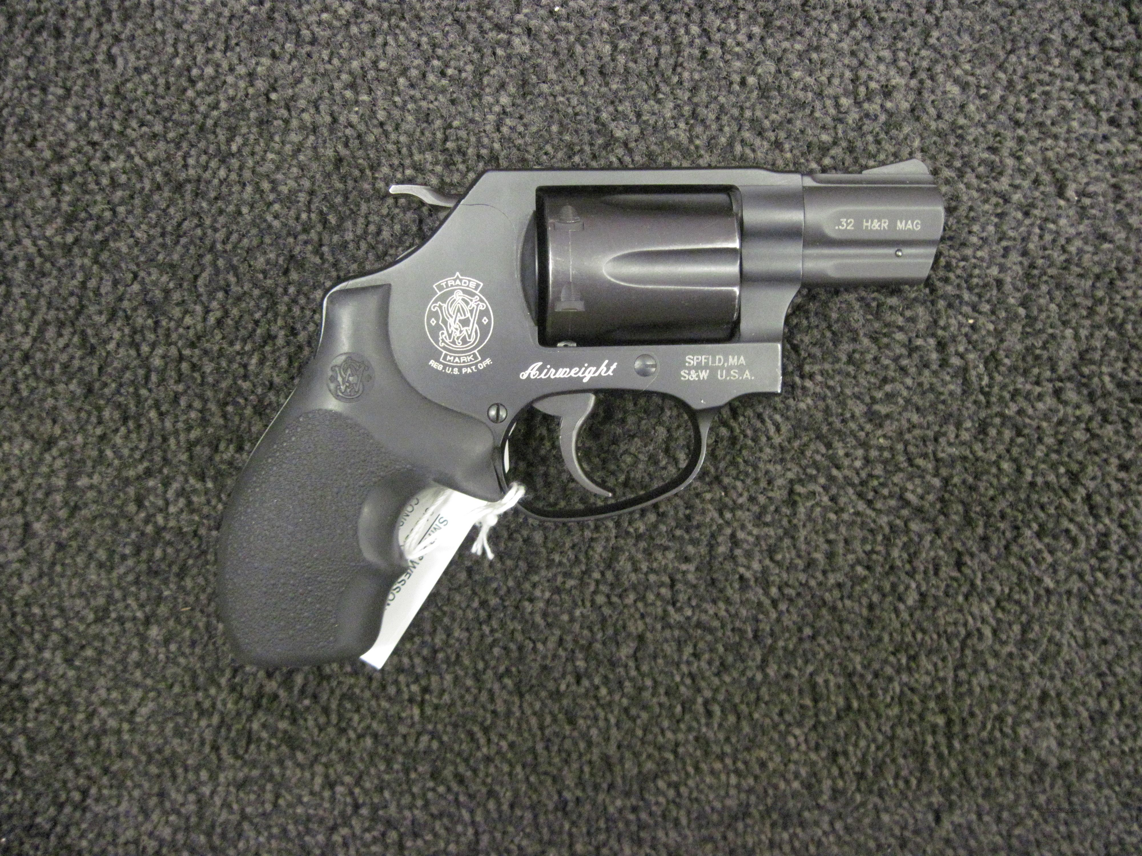 Smith & Wesson Airweight 32 H&R Mag  Guns > Pistols > Smith & Wesson Revolvers > Pocket Pistols