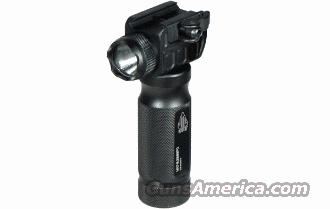 UTG Foward Grip Light  Non-Guns > Lights > Tactical