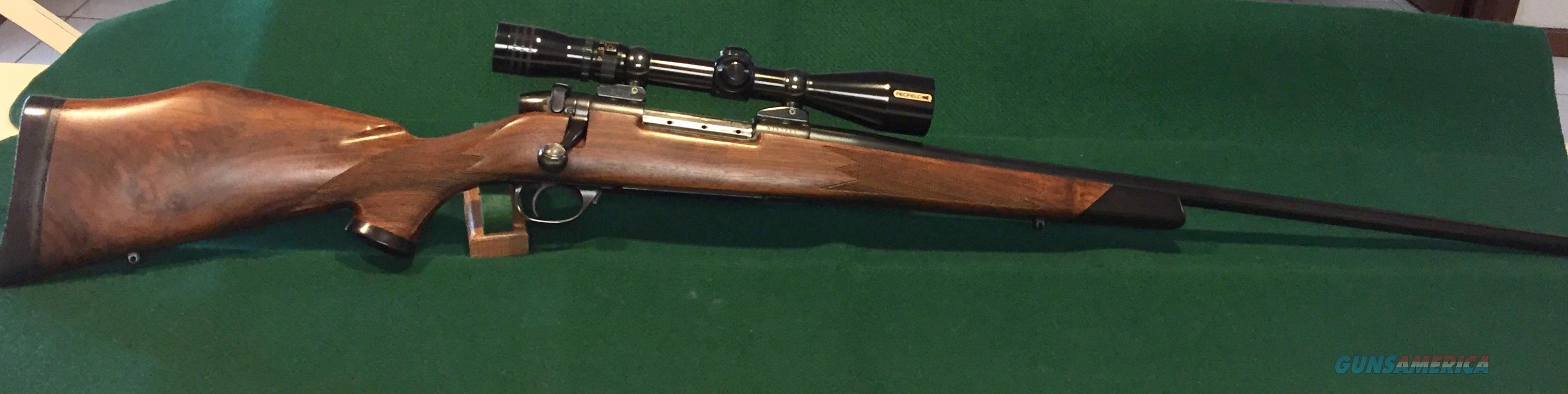 257 Weatherby Euromark, South Gate, 3 x 9 Redfield Illuminator, Conetrol Mounts  Guns > Rifles > Weatherby Rifles > Sporting