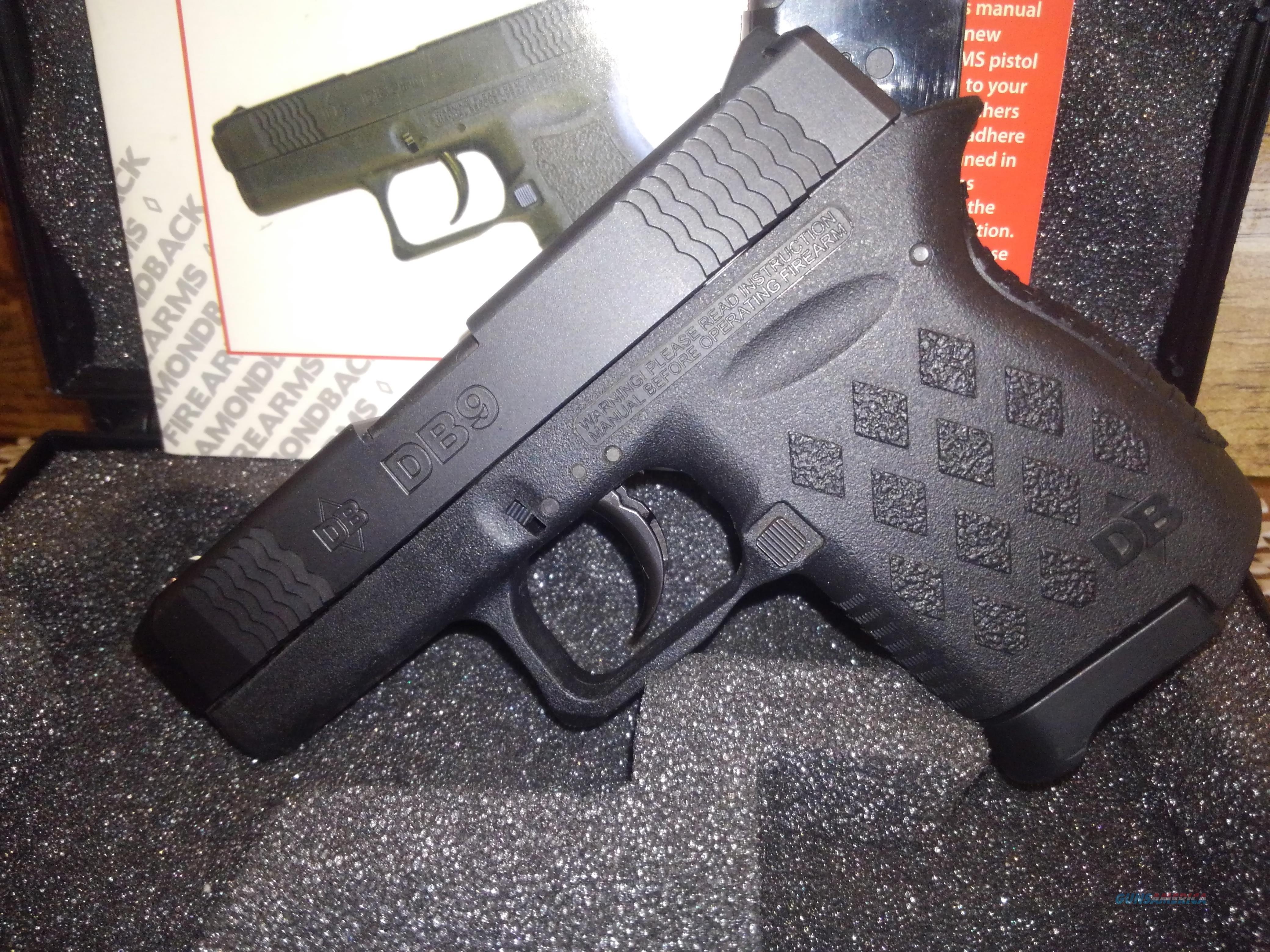 DIAMONDBACK DB9 9MM  2-6RD MAGS, FREE SHIPPING NO CC FEE  Guns > Pistols > Diamondback Pistols