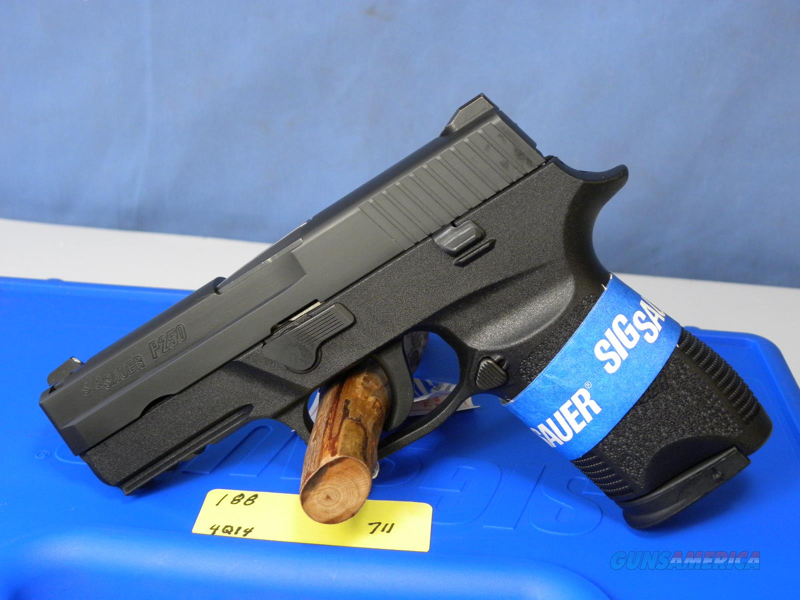 Sig Sauer 250-40 Compact  Guns > Pistols > Sig - Sauer/Sigarms Pistols > P250