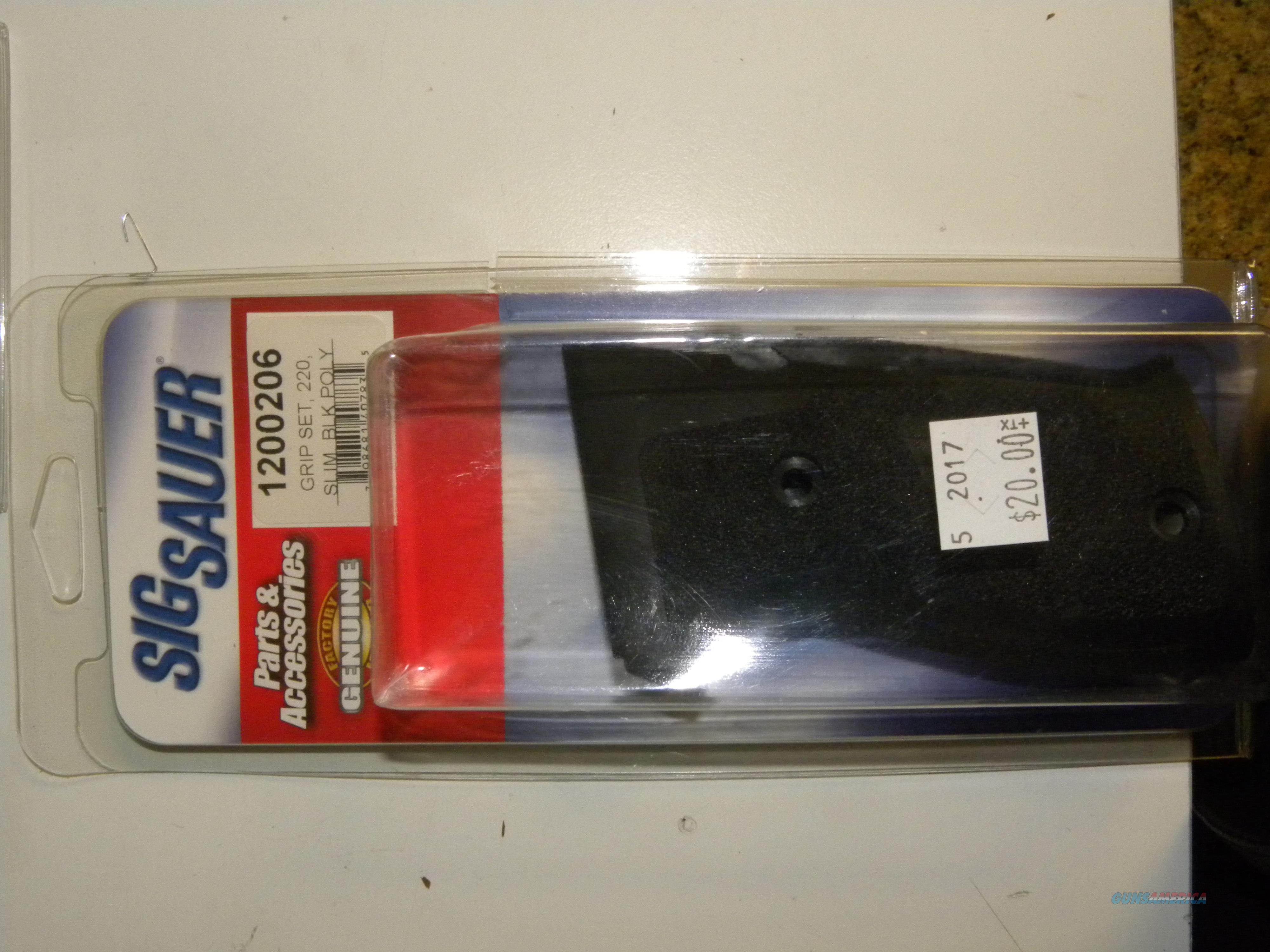 Sig Sauer 220 Grips   Non-Guns > Gunstocks, Grips & Wood