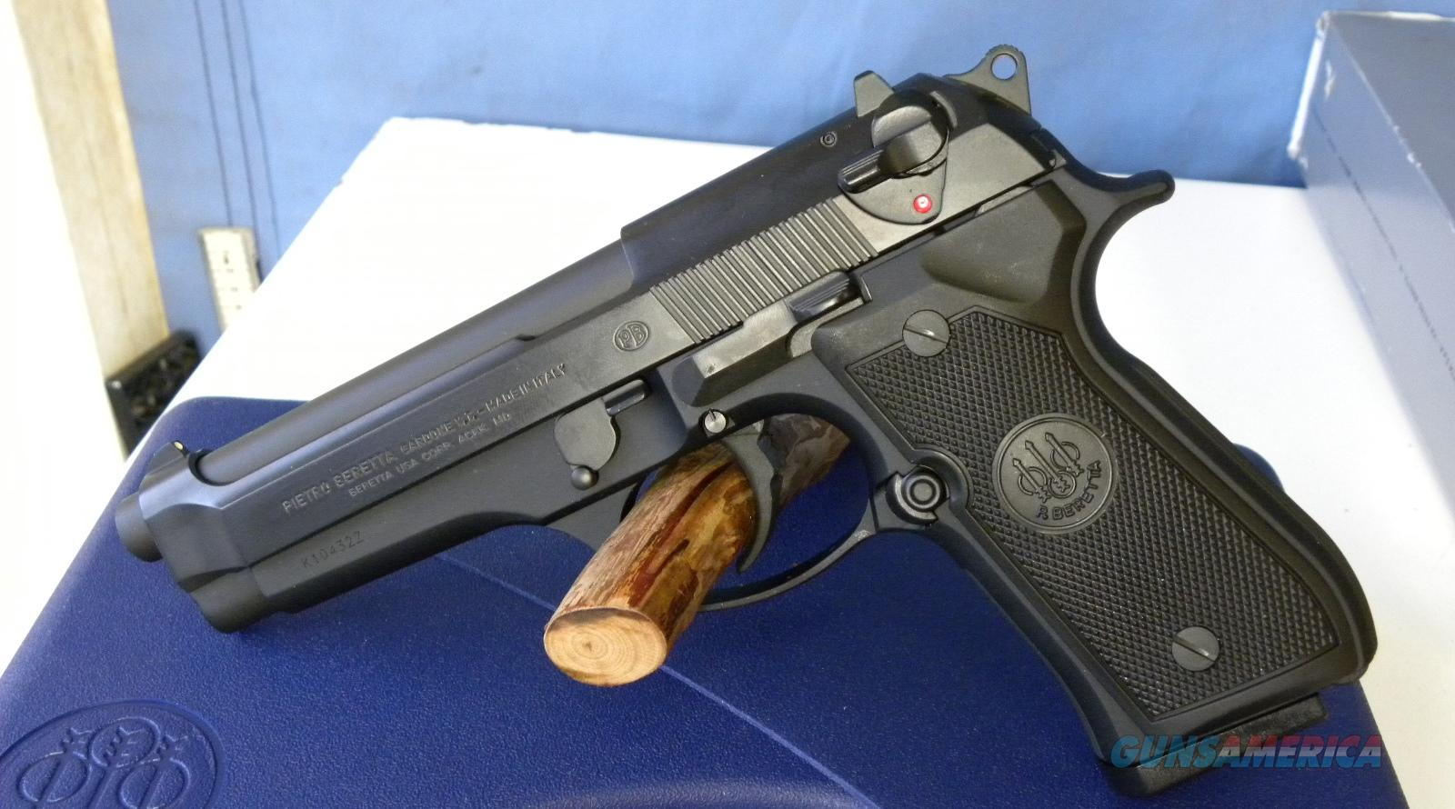 Beretta 92FS Made in Italy  Guns > Pistols > Beretta Pistols > Model 92 Series