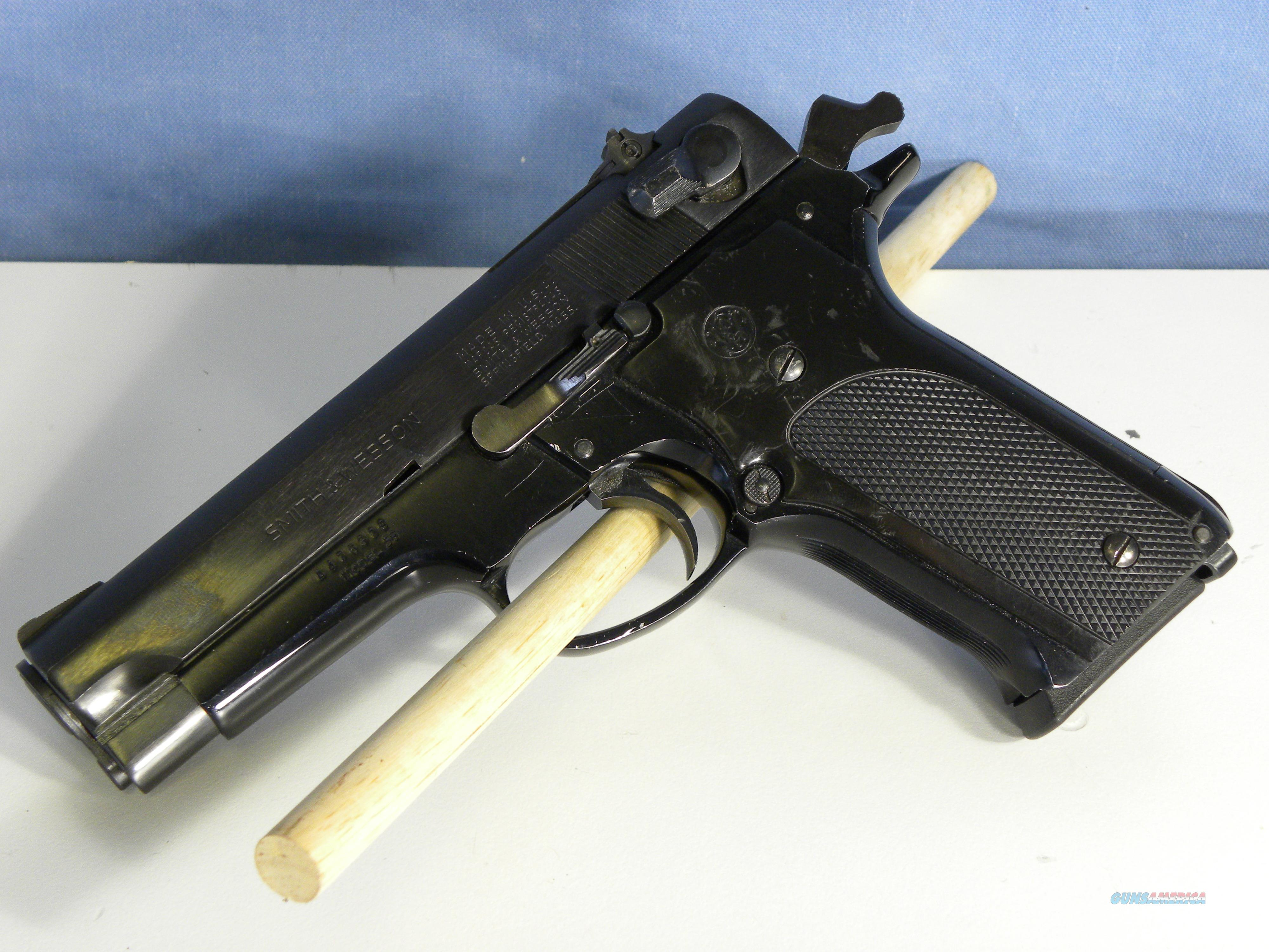 S&W Model  59 9mm  Guns > Pistols > Smith & Wesson Pistols - Autos > Alloy Frame