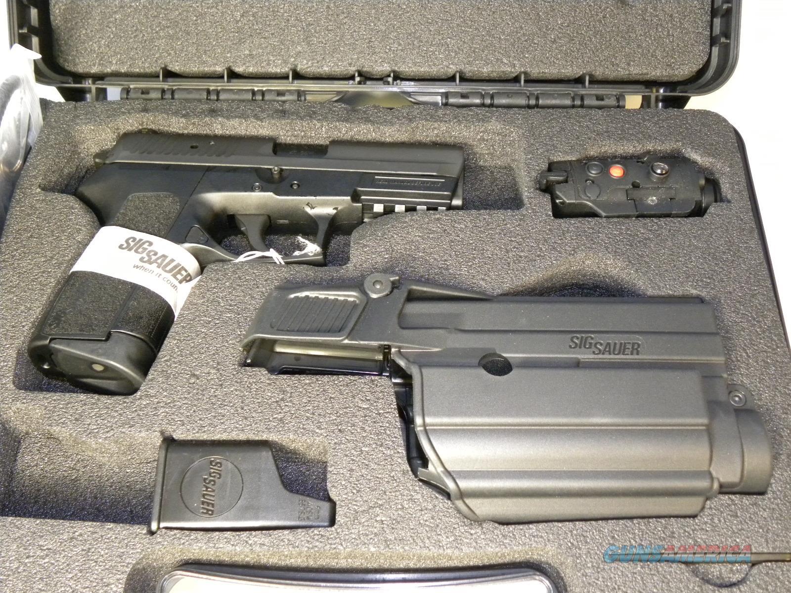 Sig Sauer E2022-40-BSS TACPAC w/ Laser  Guns > Pistols > Sig - Sauer/Sigarms Pistols > 2022
