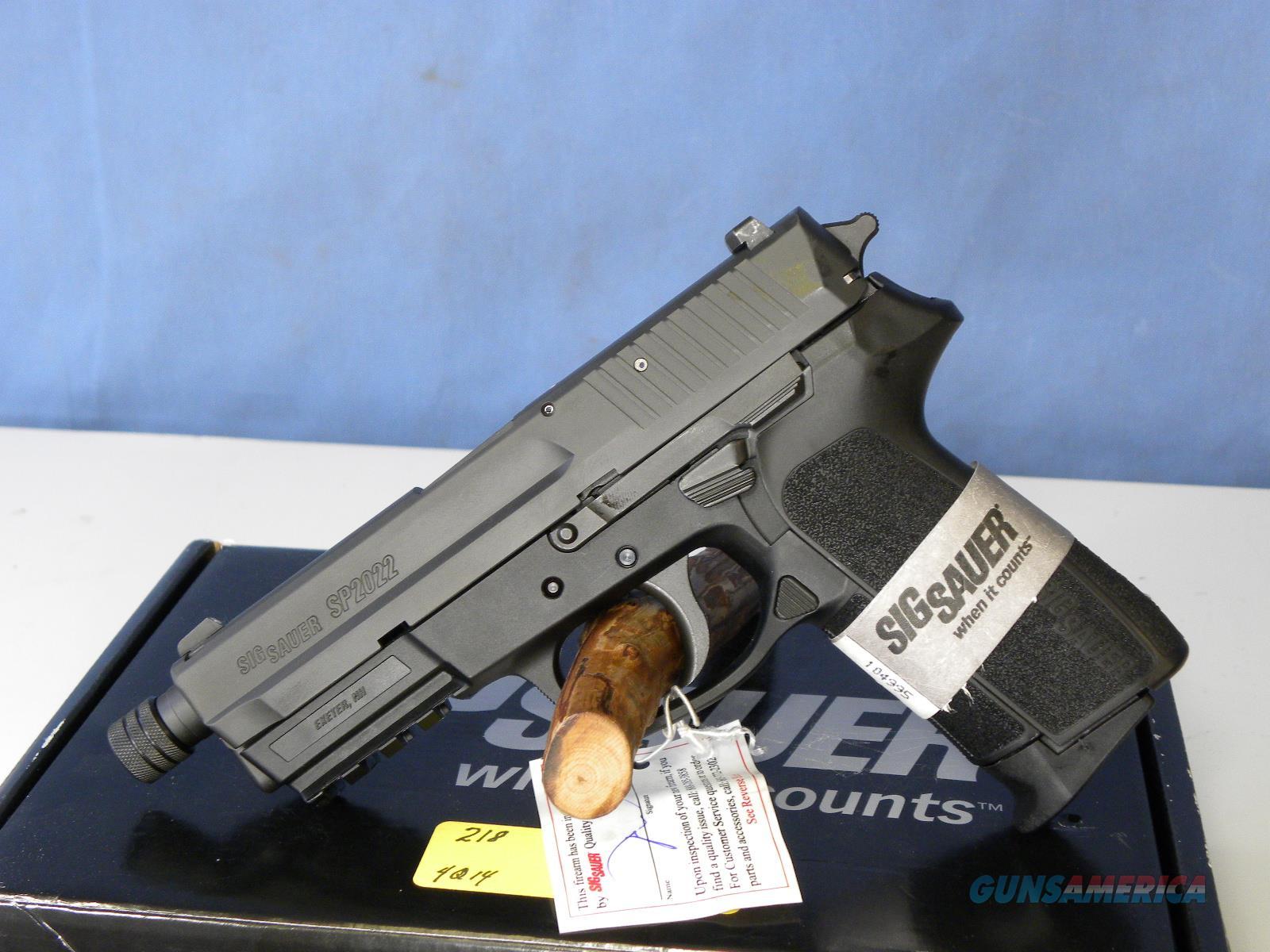 Sig Sauer E2022-9-BSS Threaded Barrel  Guns > Pistols > Sig - Sauer/Sigarms Pistols > 2022
