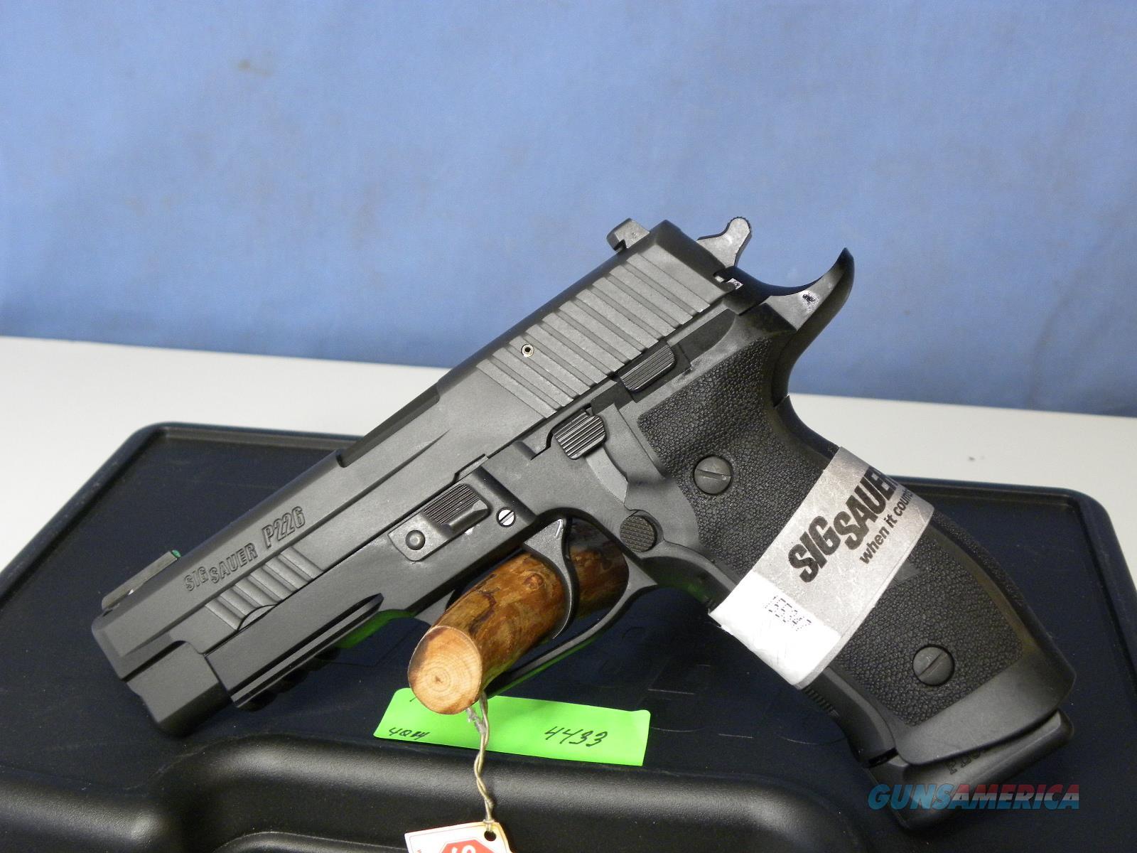 Sig Sauer 226R-40-TACOPS  Guns > Pistols > Sig - Sauer/Sigarms Pistols > P226