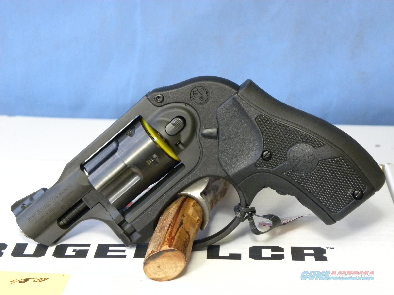 Ruger LCR .357 Mag Crimson Trace  Guns > Pistols > Ruger Double Action Revolver > LCR