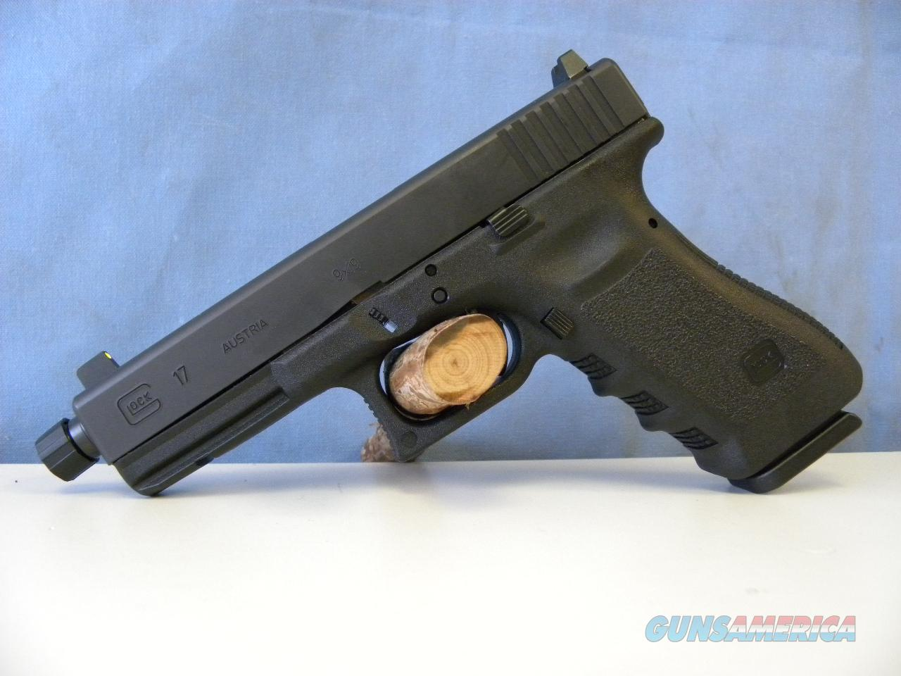 Glock 17 Threaded Barrel  Guns > Pistols > Glock Pistols > 17