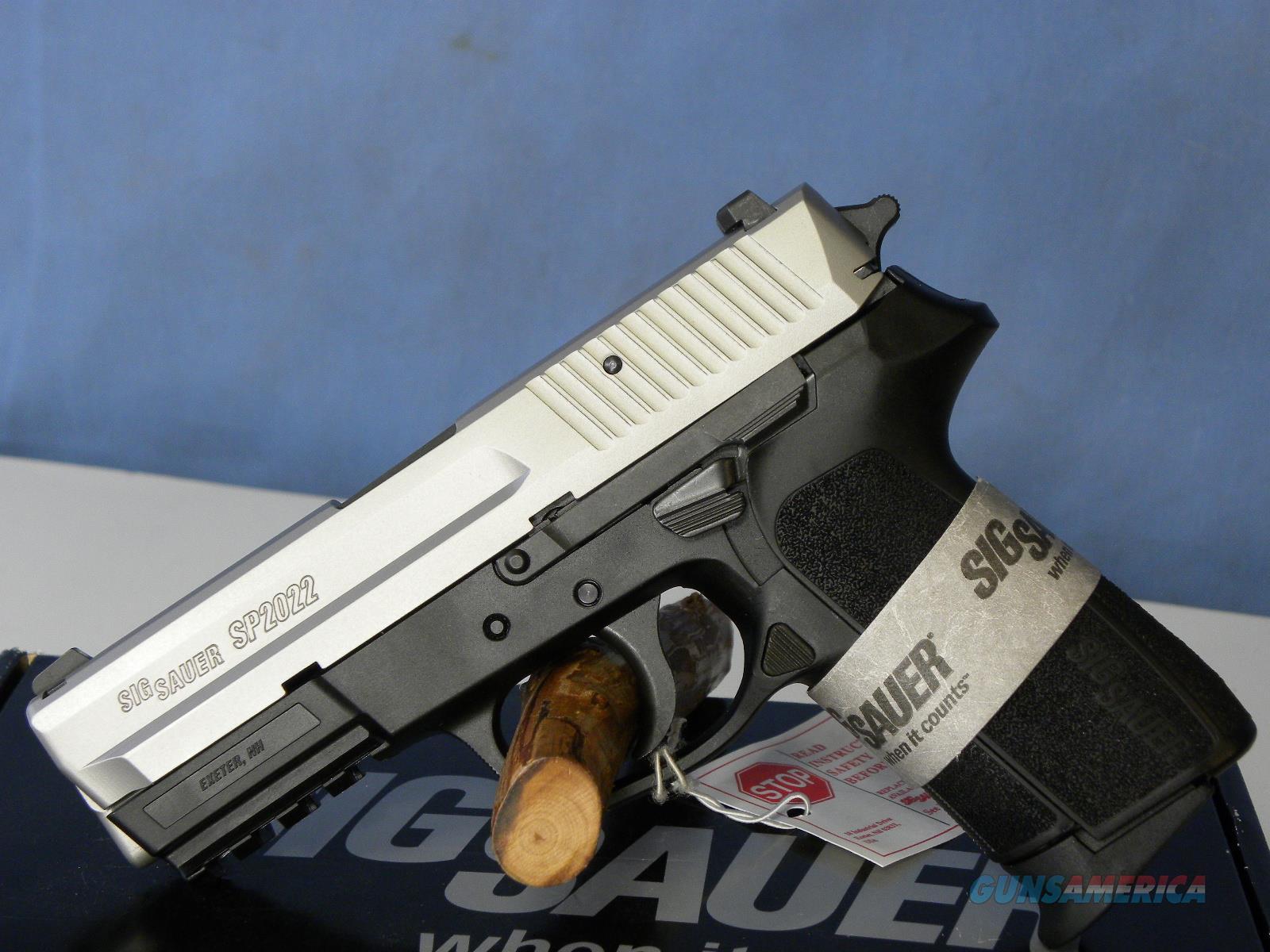 Sig Sauer E2022-40 Two Tone Stainless Guns > Pistols > Sig - Sauer ...