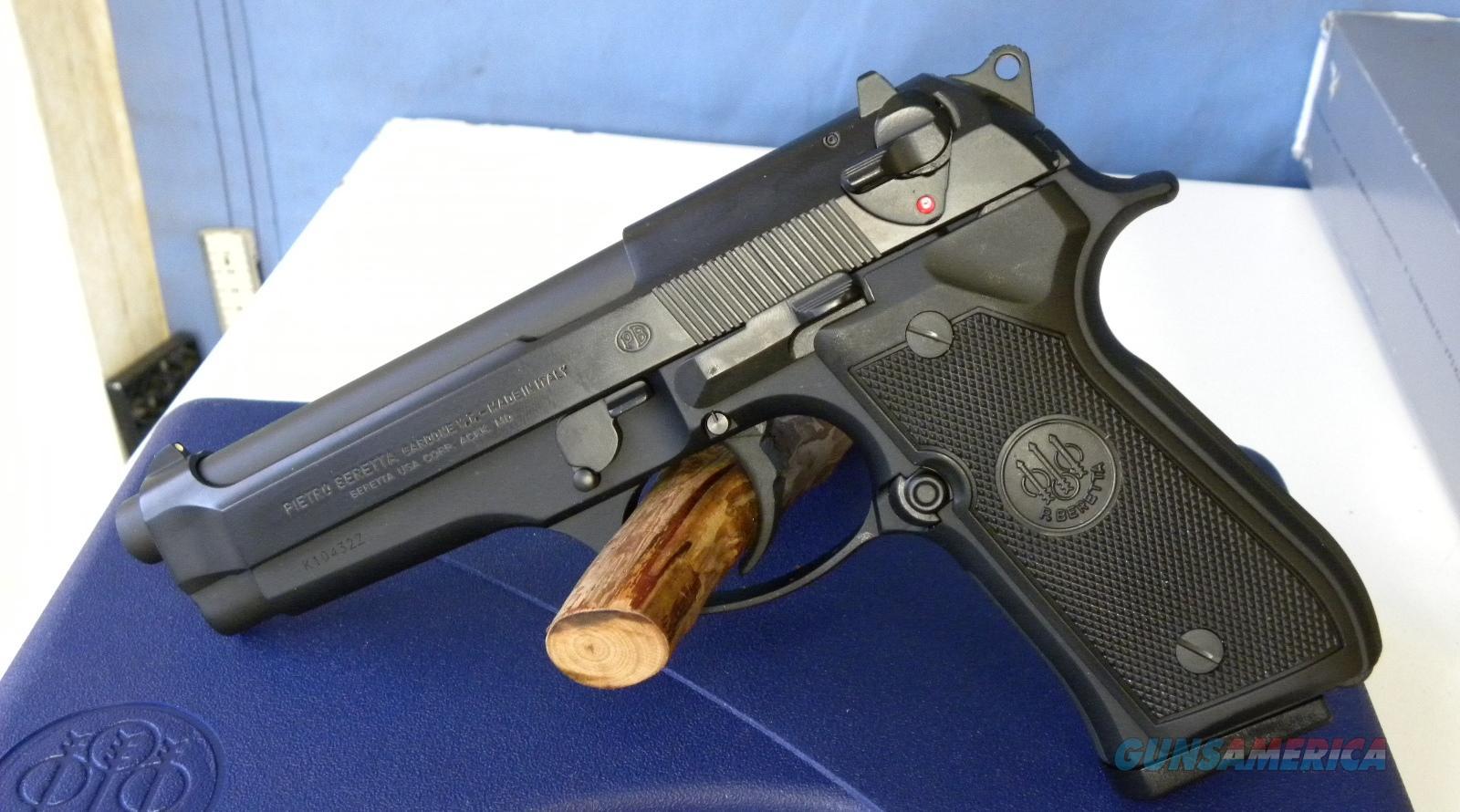 Beretta 92FS Made in Italy  Guns > Pistols > Beretta Pistols > Model 92 Series