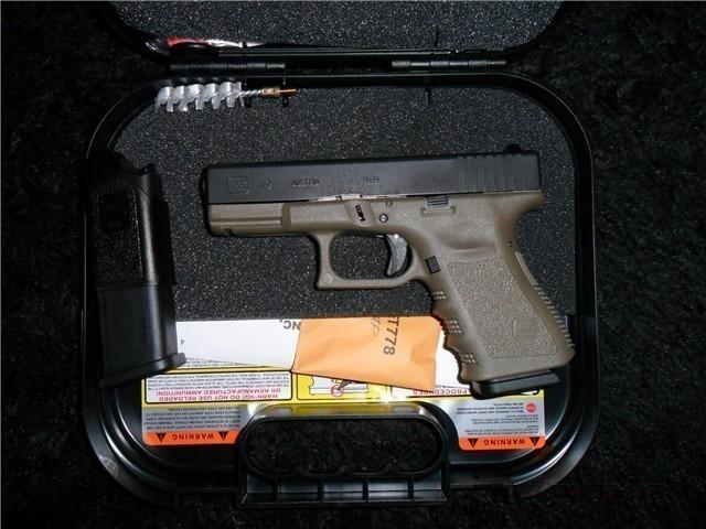 GLOCK 19 OD GREEN LIMITED RUN NIB  Guns > Pistols > Glock Pistols > 19