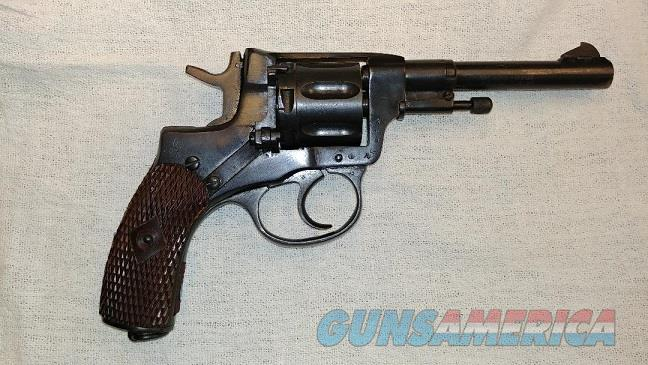 Russian 1895 Nagant revolver dated 1945  Guns > Pistols > Military Misc. Pistols Non-US