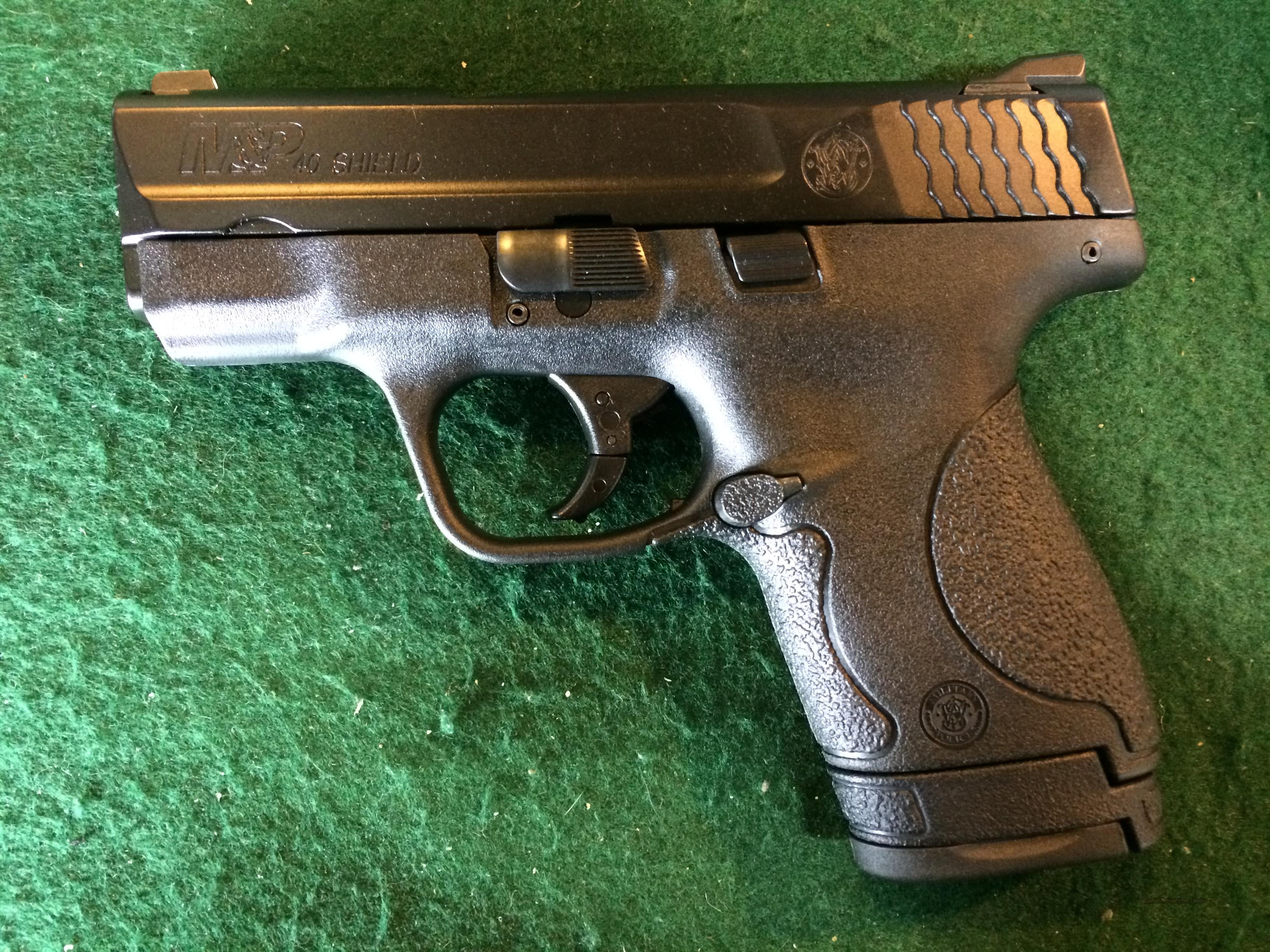 S&W M&P 40 Shield 40S&W with No Thumb Safety  Guns > Pistols > Smith & Wesson Pistols - Autos > Polymer Frame