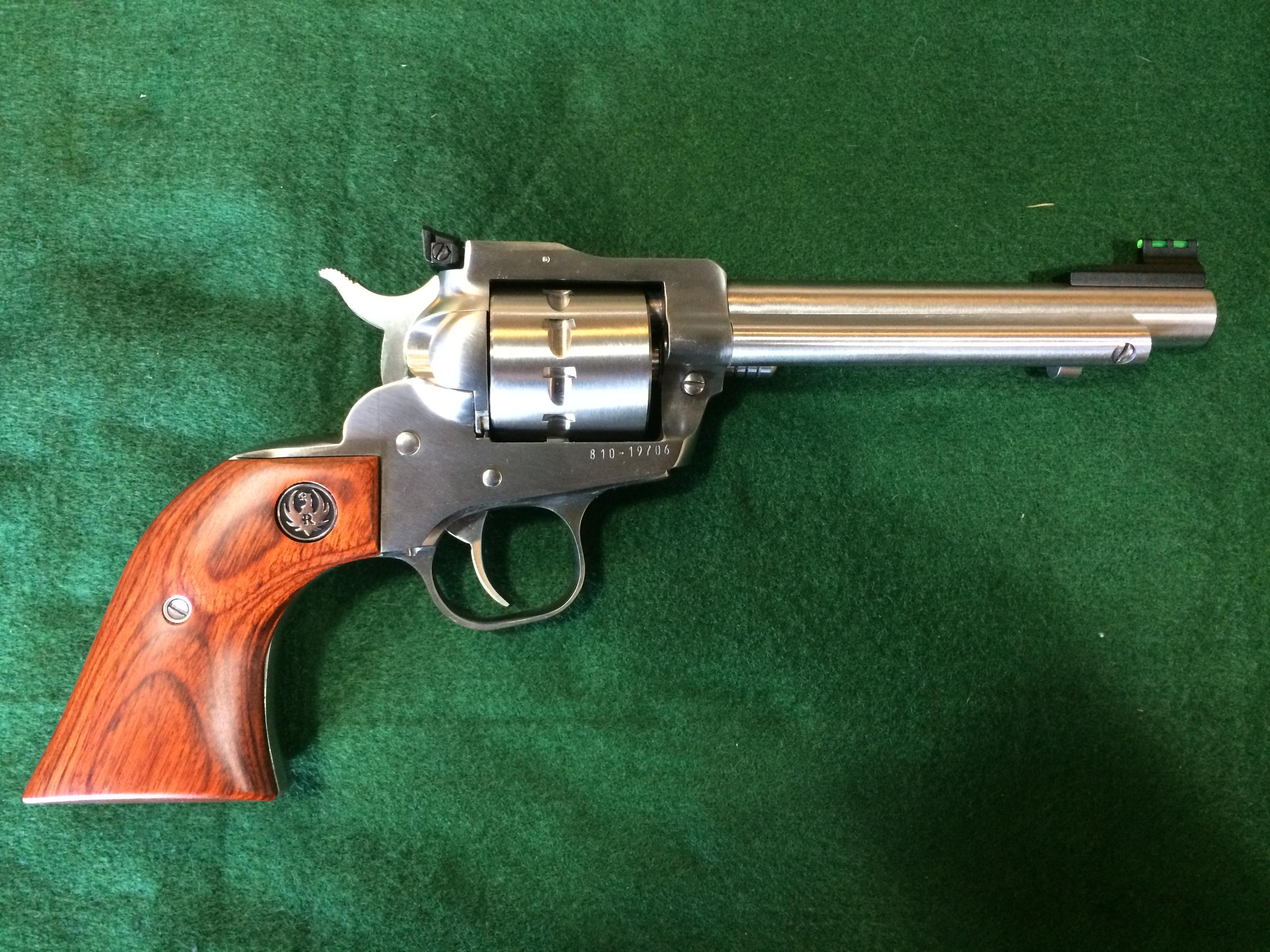 Ruger Single-Ten 22LR 8100  Guns > Pistols > Ruger Single Action Revolvers > Single Six Type