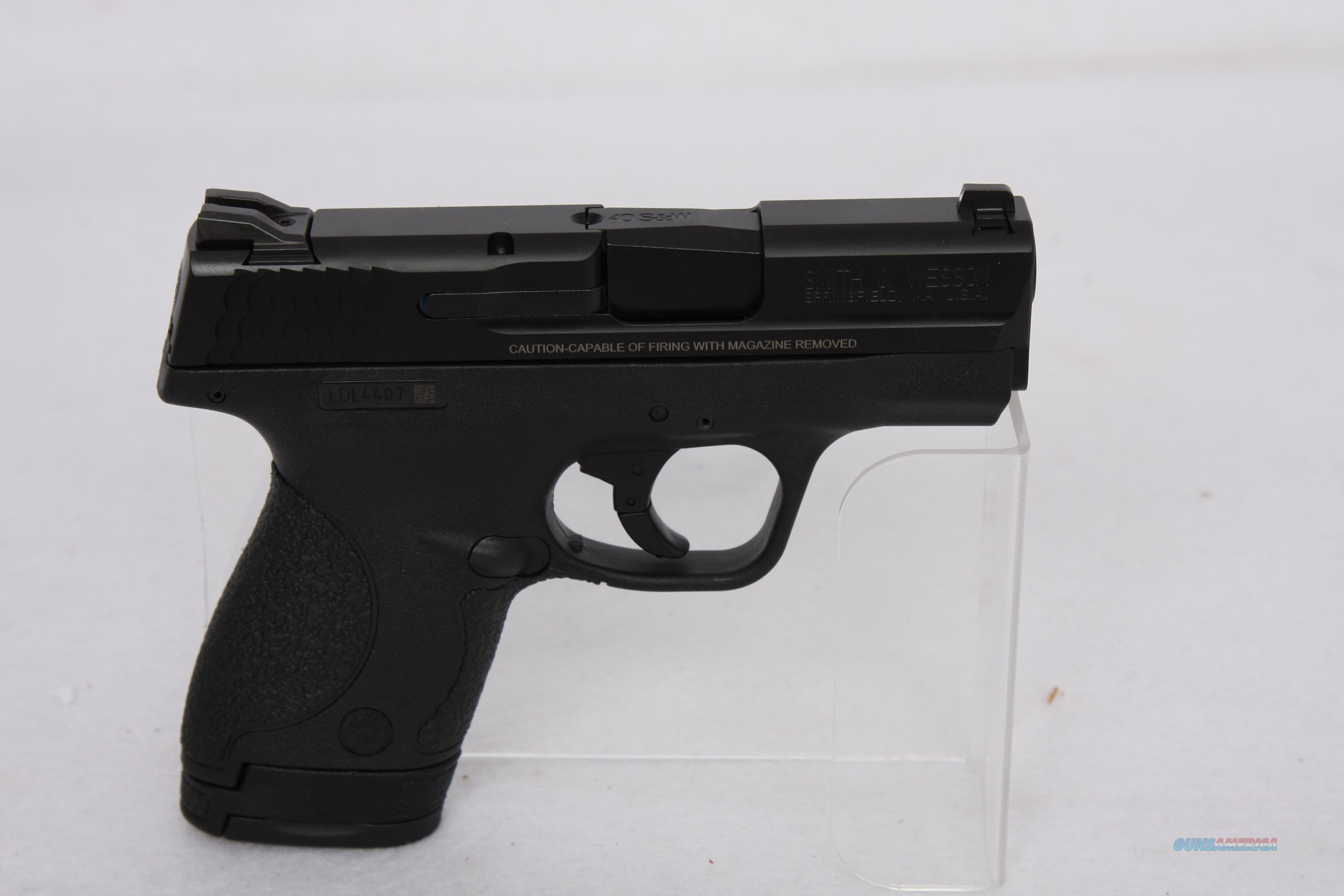 "S&W Shield .40 S&W 3"" Black  Guns > Pistols > Smith & Wesson Pistols - Autos > Polymer Frame"
