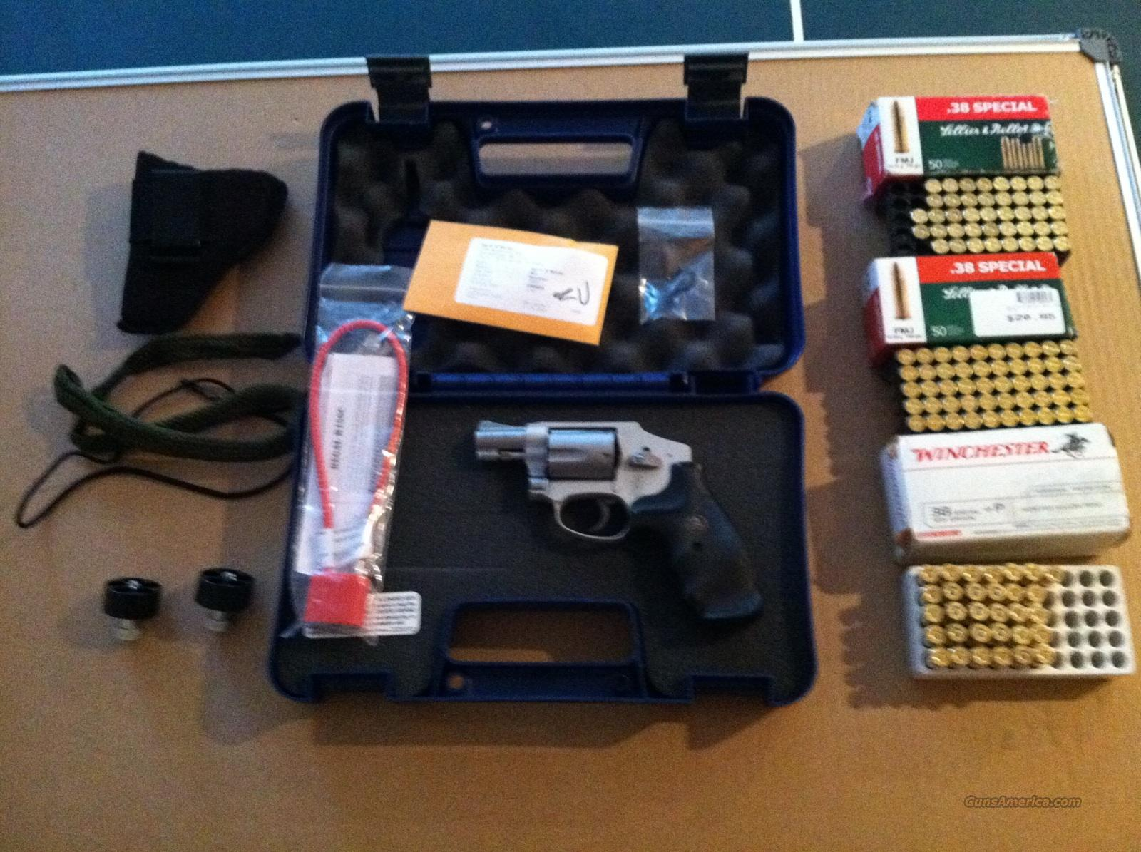 S & W 642 SS Airweight and accessories  Guns > Pistols > Smith & Wesson Revolvers > Pocket Pistols