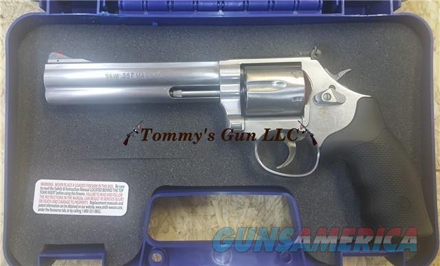 Smith & Wesson 686 Combat Magnum 164224 NIB  Guns > Pistols > Smith & Wesson Revolvers > Med. Frame ( K/L )