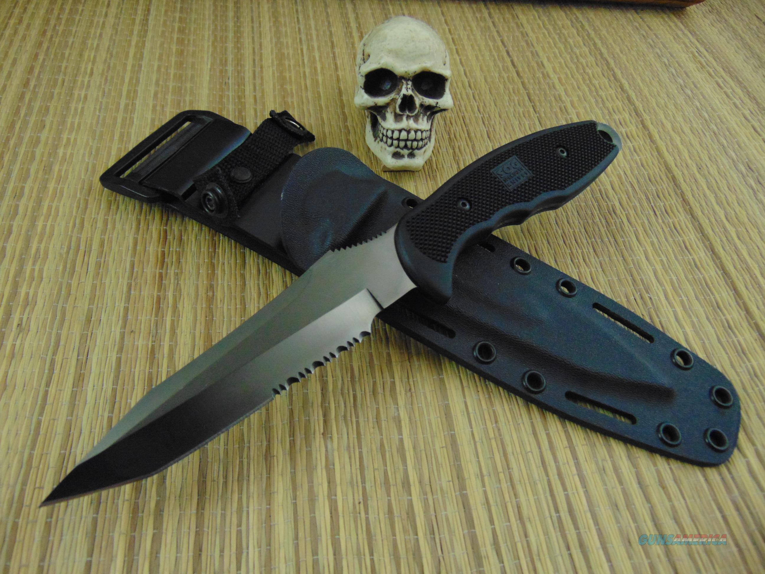 SOG Knives Vintage TRFB82-X42 TINI RECONDO  Non-Guns > Knives/Swords > Knives > Fixed Blade > Hand Made