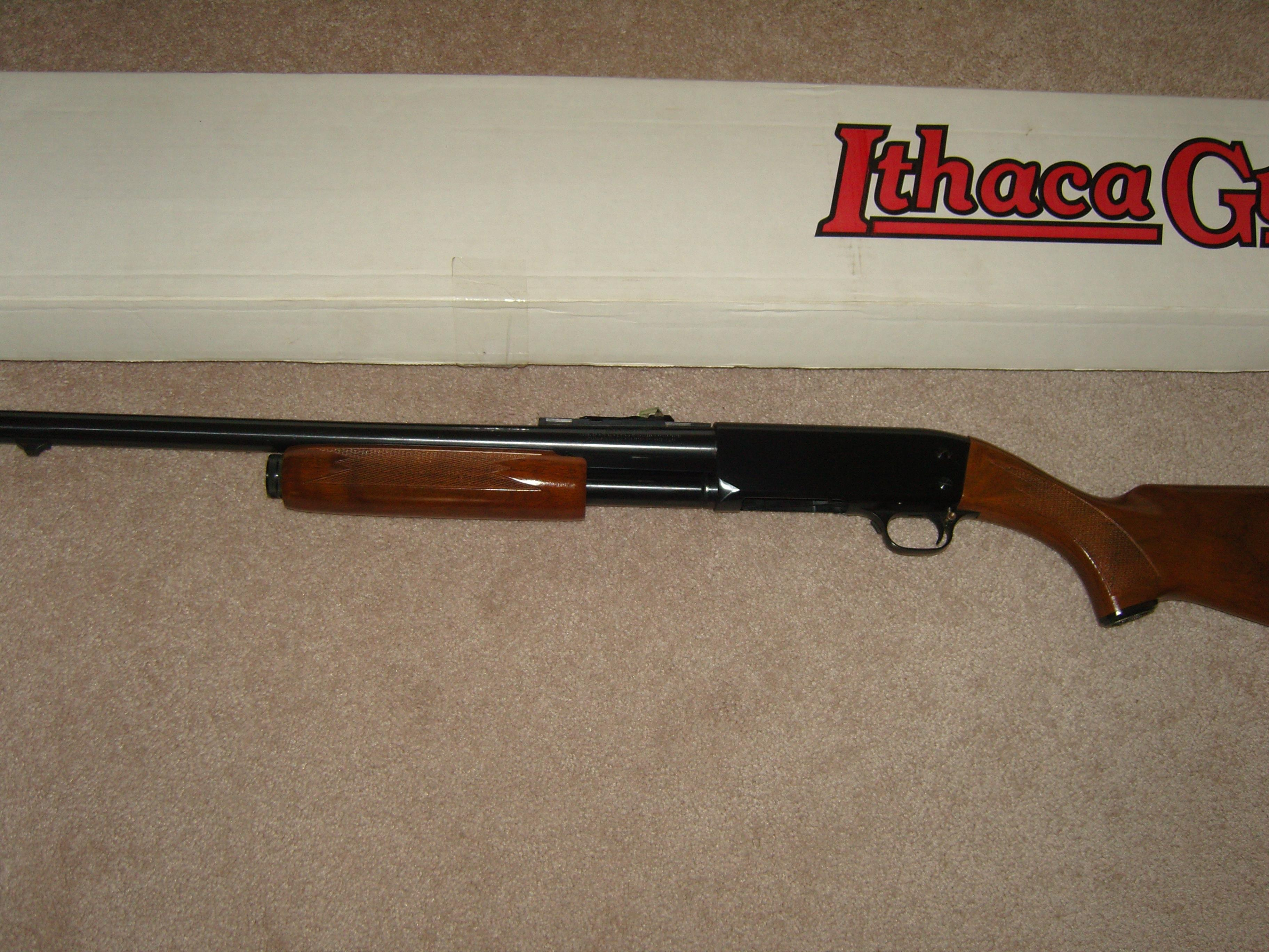 Ithaca 37 Deerslayer Deluxe  Guns > Shotguns > Ithaca Shotguns > Pump
