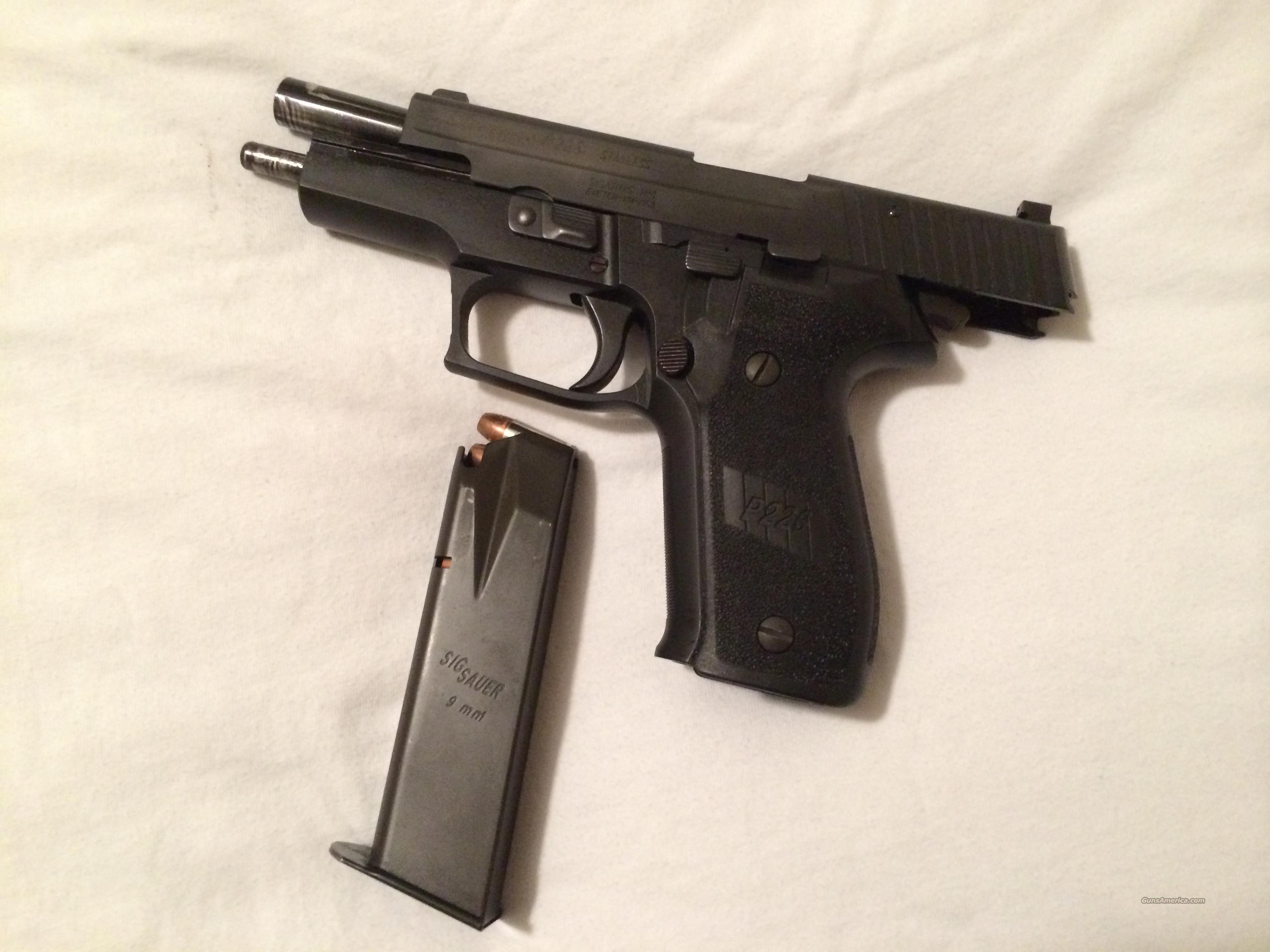 Sig Sauer P226 9mm Black Stainless  Guns > Pistols > Sig - Sauer/Sigarms Pistols > P226