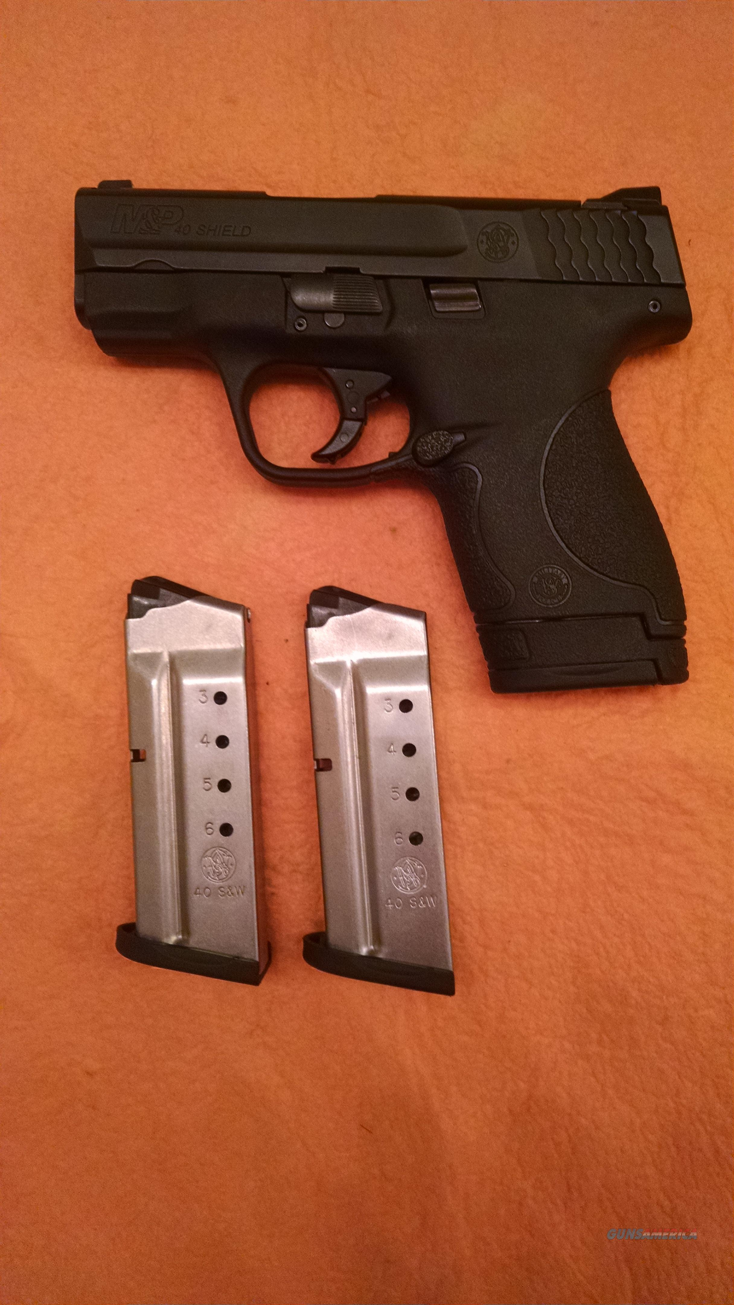 S&W Shield 40 - Three Magazines - No Safety  Guns > Pistols > Smith & Wesson Pistols - Autos > Shield
