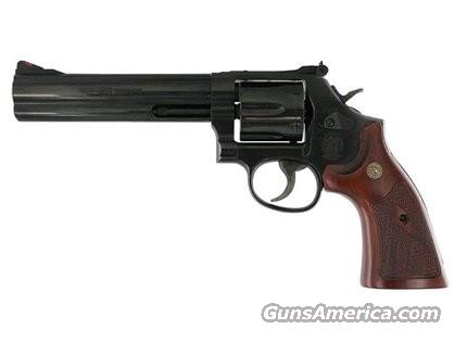 Smith and Wesson 586 Distinguished Combat Magnum (150908)  Guns > Pistols > Smith & Wesson Revolvers > Full Frame Revolver