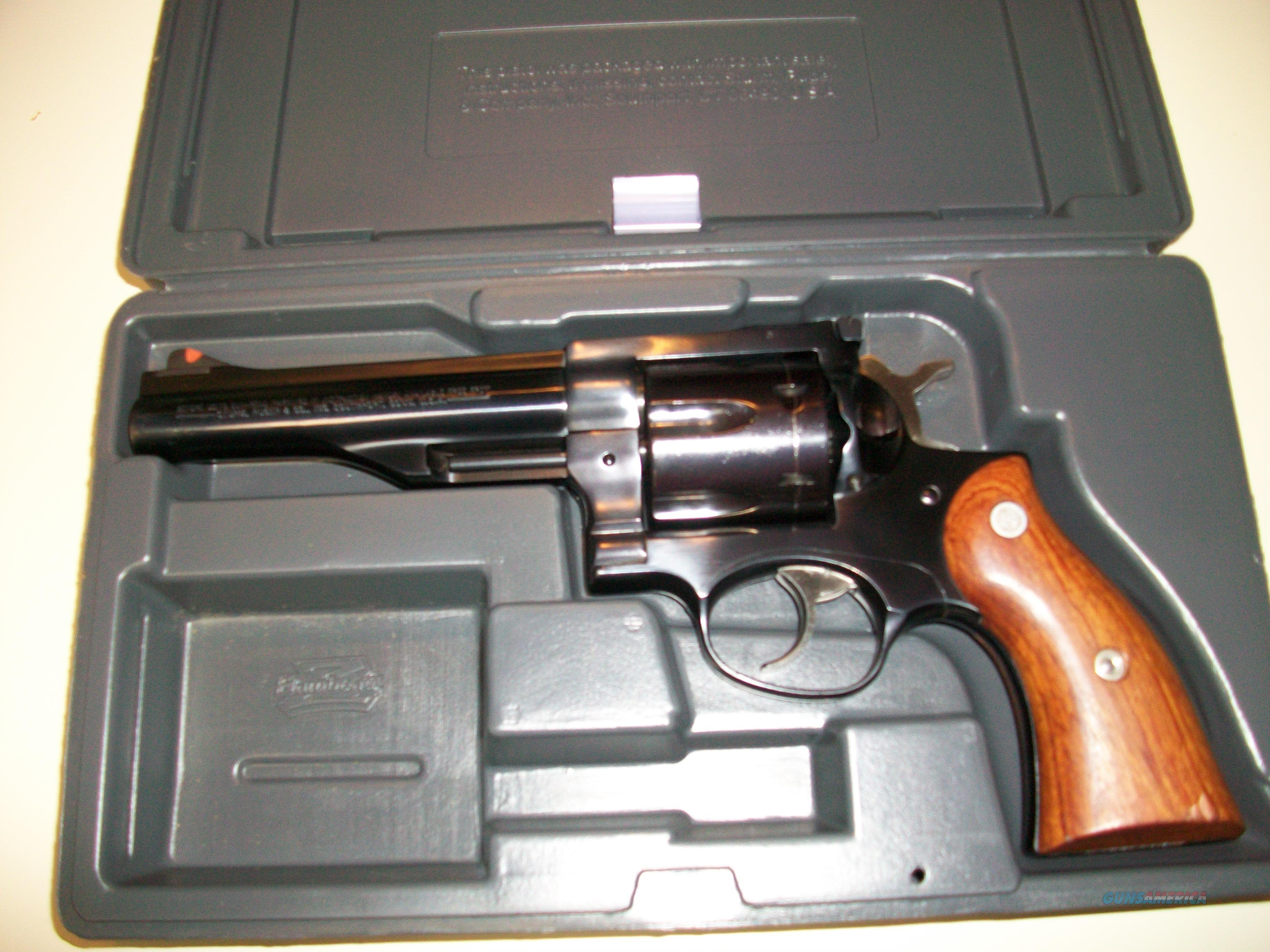 "Ruger Redhawk in .44 Magnum with 5 1/2"" barrel   Guns > Pistols > Ruger Double Action Revolver > Redhawk Type"