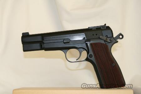 Browning Hi Power 40 by Cylinder and Slide  Guns > Pistols > Browning Pistols > High Power
