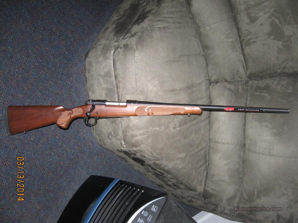 WINCHESTER MODEL 70 FEATHERWEIGHT 300 WIN MAG  Guns > Rifles > Winchester Rifles - Modern Bolt/Auto/Single > Model 70 > Post-64